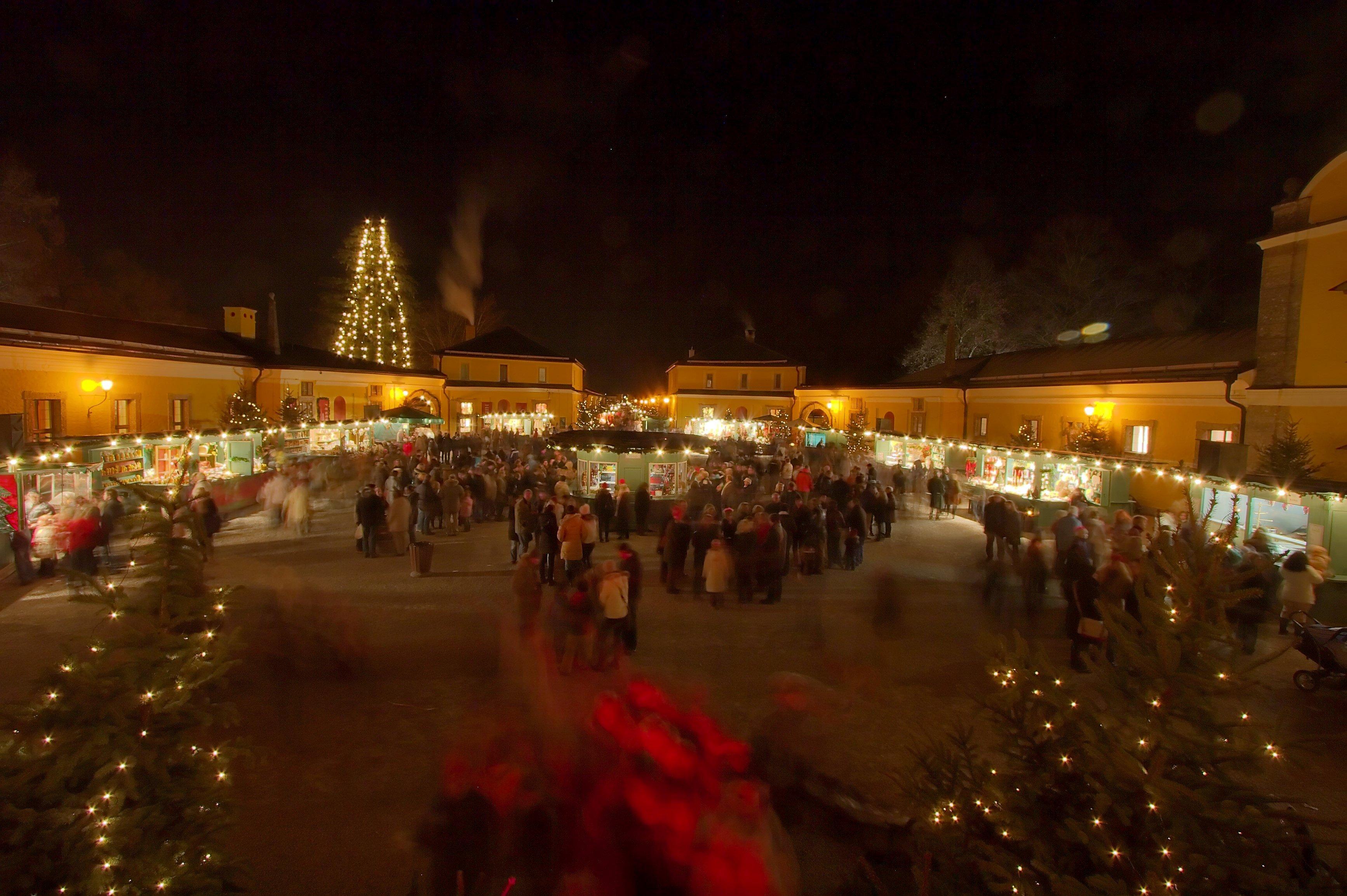 Schloss Hellbrunn Weihnachtsmarkt.Datei Christmas Market Castle Hellbrunn Jpg Wikipedia