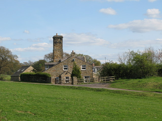 Cottages at Halfway House - geograph.org.uk - 1287745