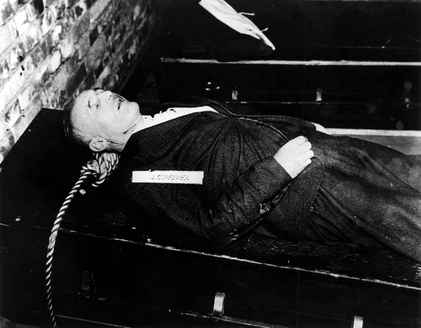 The body of Julius Streicher after being hanged, 16 October 1946 Dead Julius Streicher.jpg