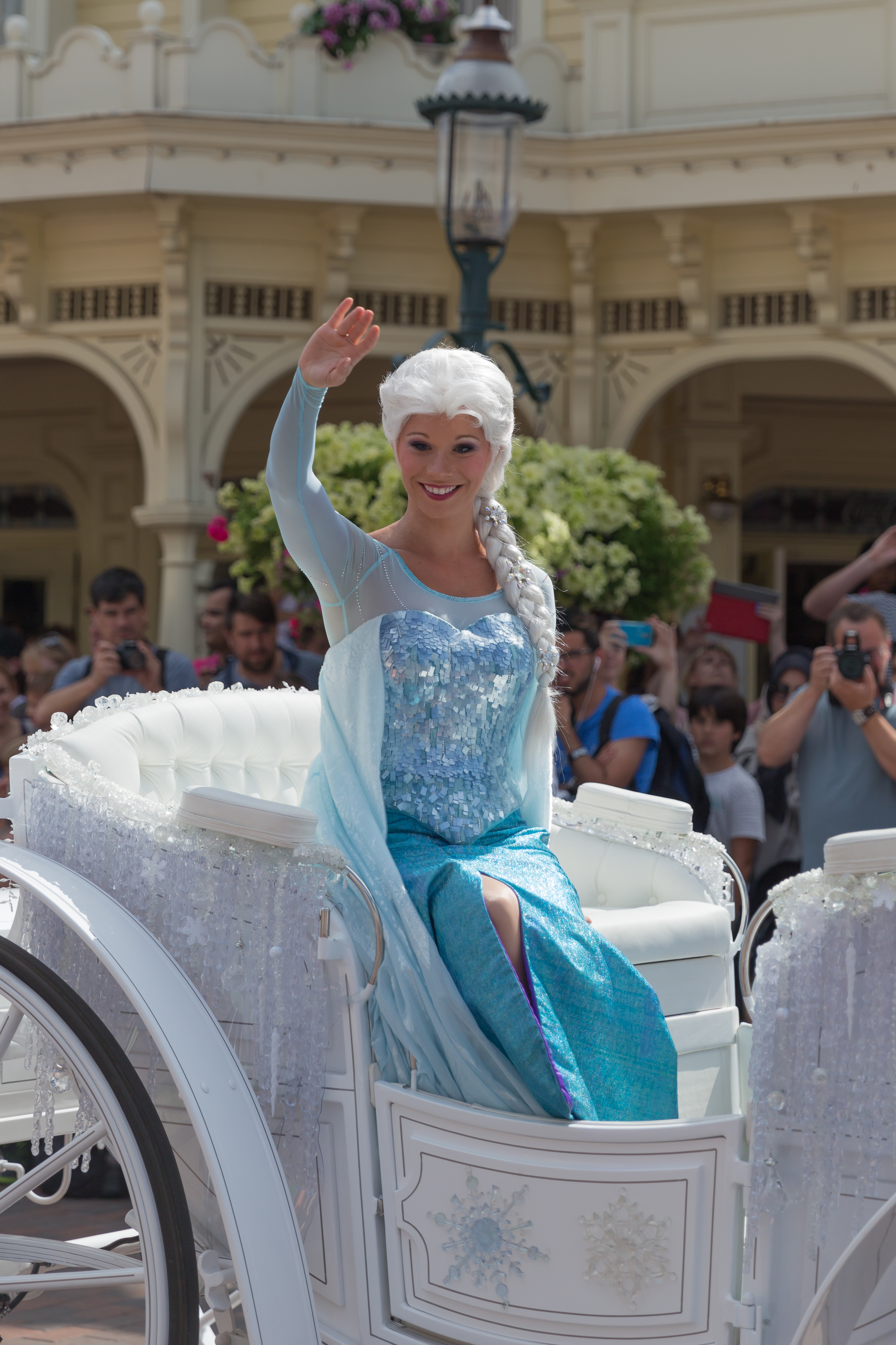 File elsa la reine des neiges 20150804 15h20 10903 - Elsa la reine ...