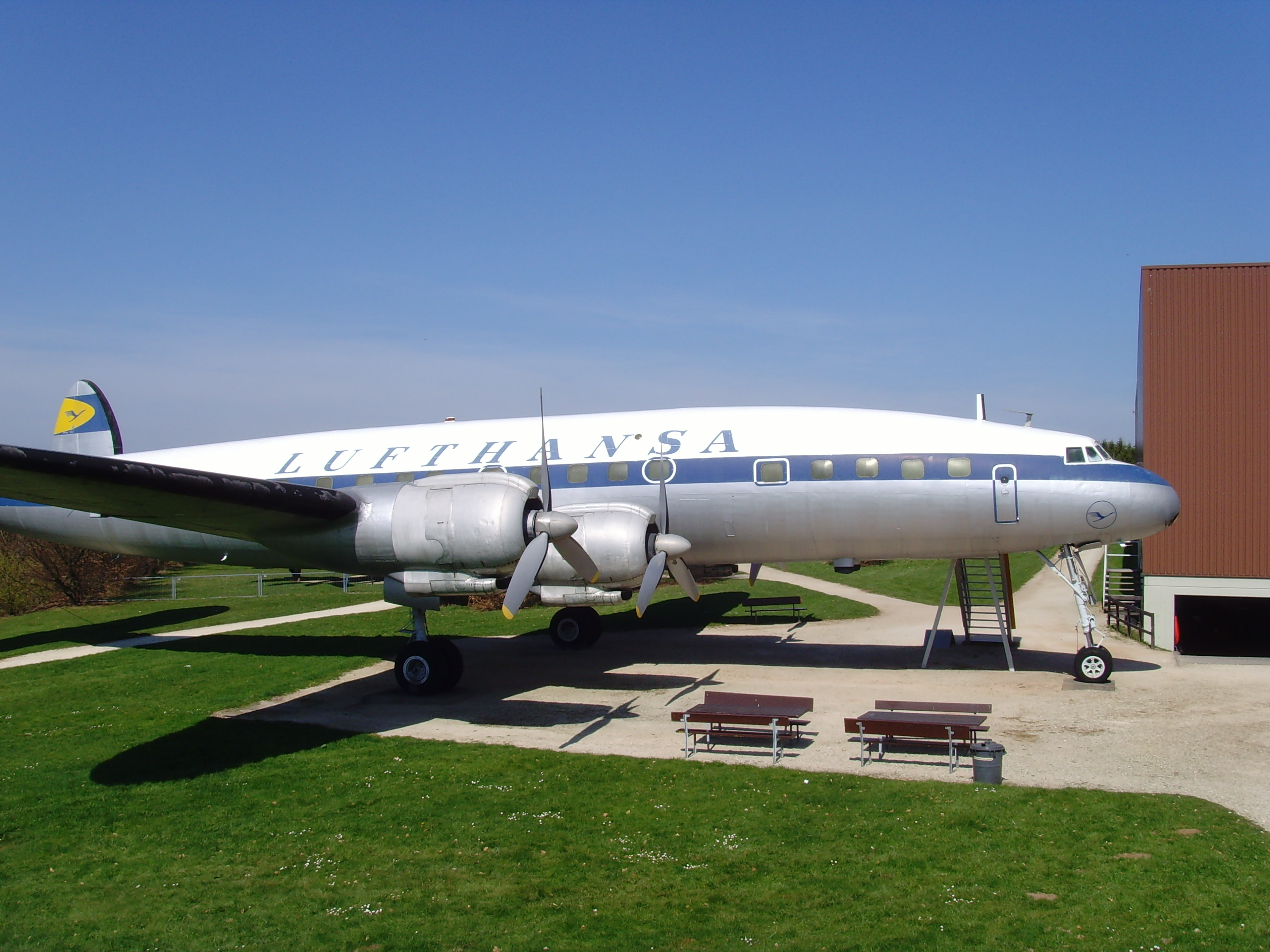 File:Flugausstellung Hermeskeil Lockheed L-1049 G Super Constellation - 1 -  Flickr -