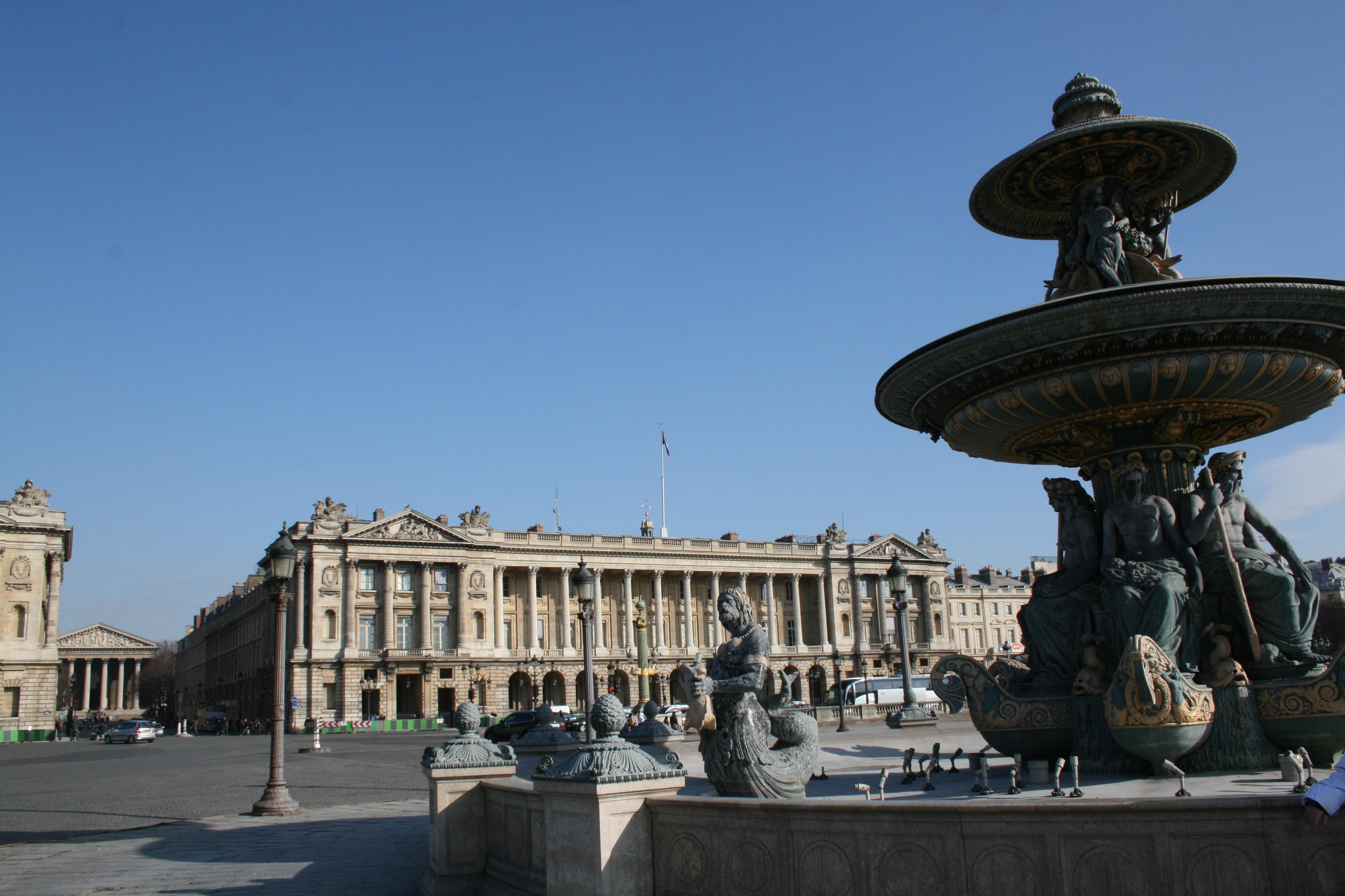 Plaza De La Concordia file:fontaine de la place de la concorde-paris305