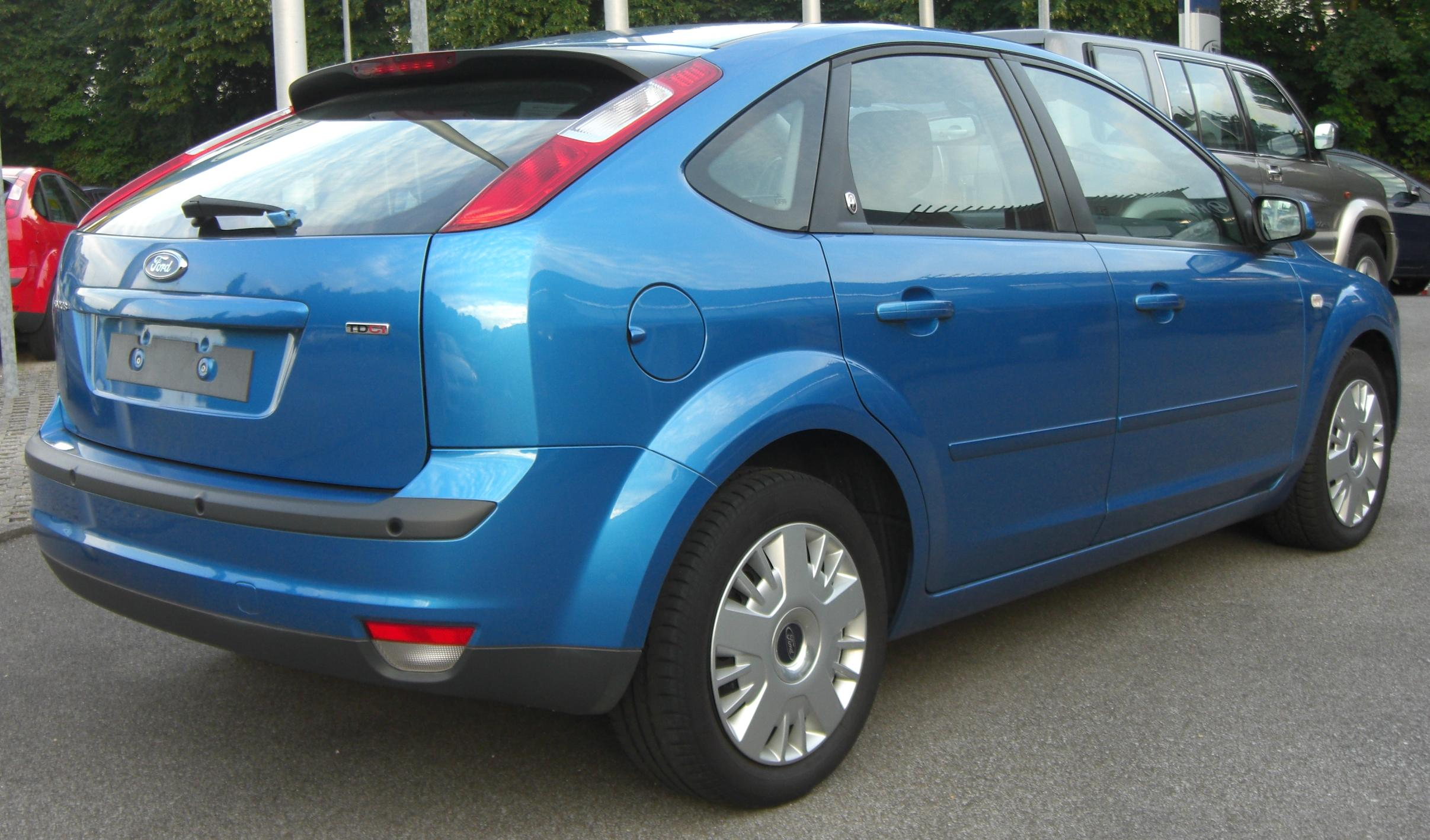 Fileford focus ii vorfacelift 2004 2008 blau rear 1