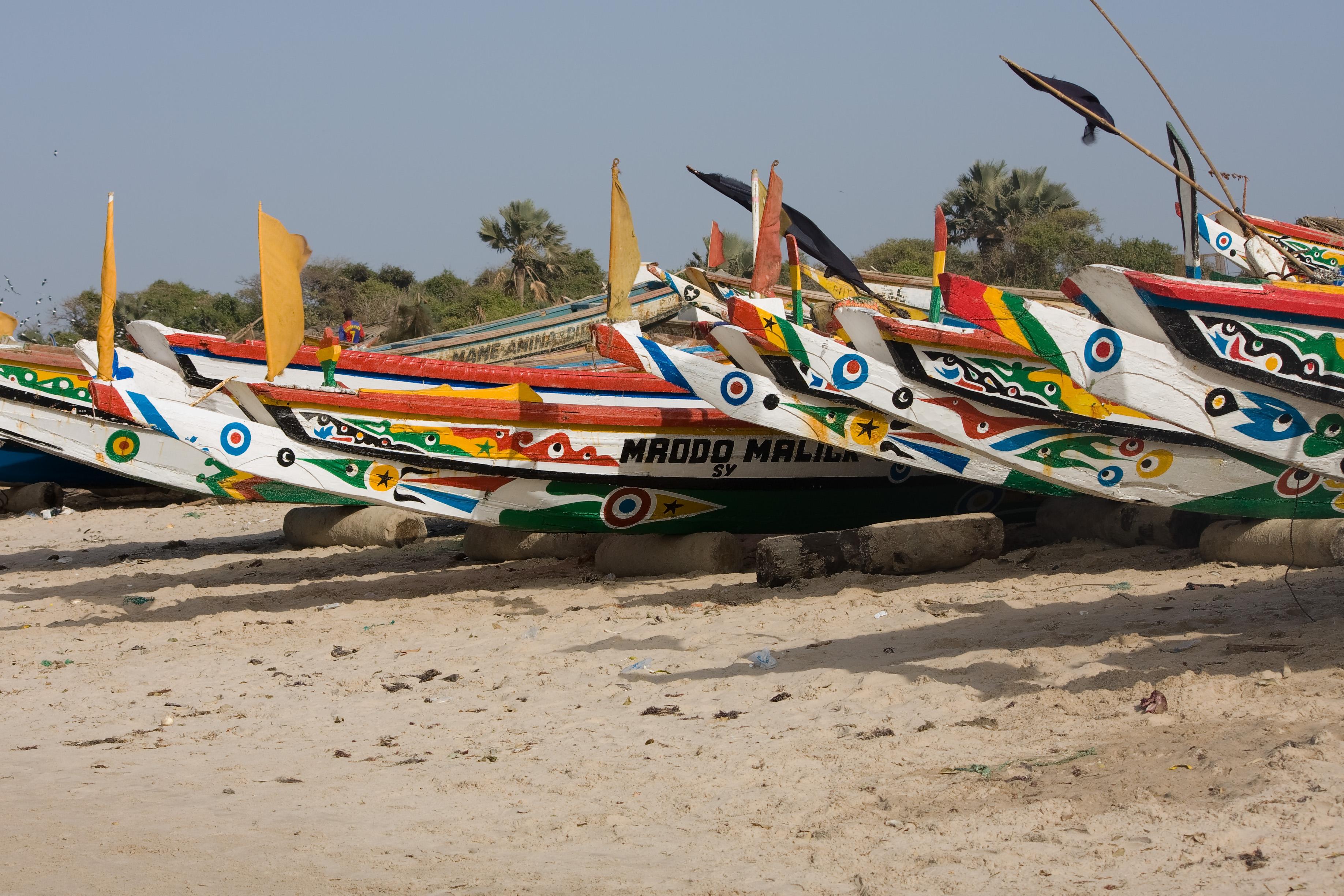 Traditional fishing boat - Wikiwand