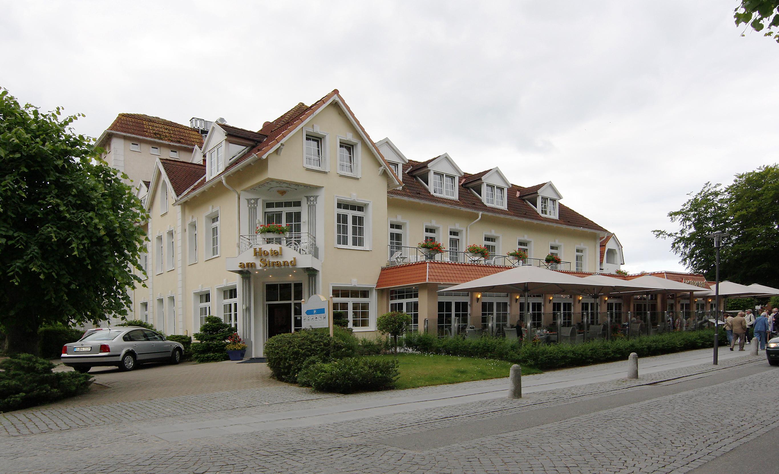 hotel restaurant zur laube bougain villa janert jagdhausstrase baden baden. Black Bedroom Furniture Sets. Home Design Ideas