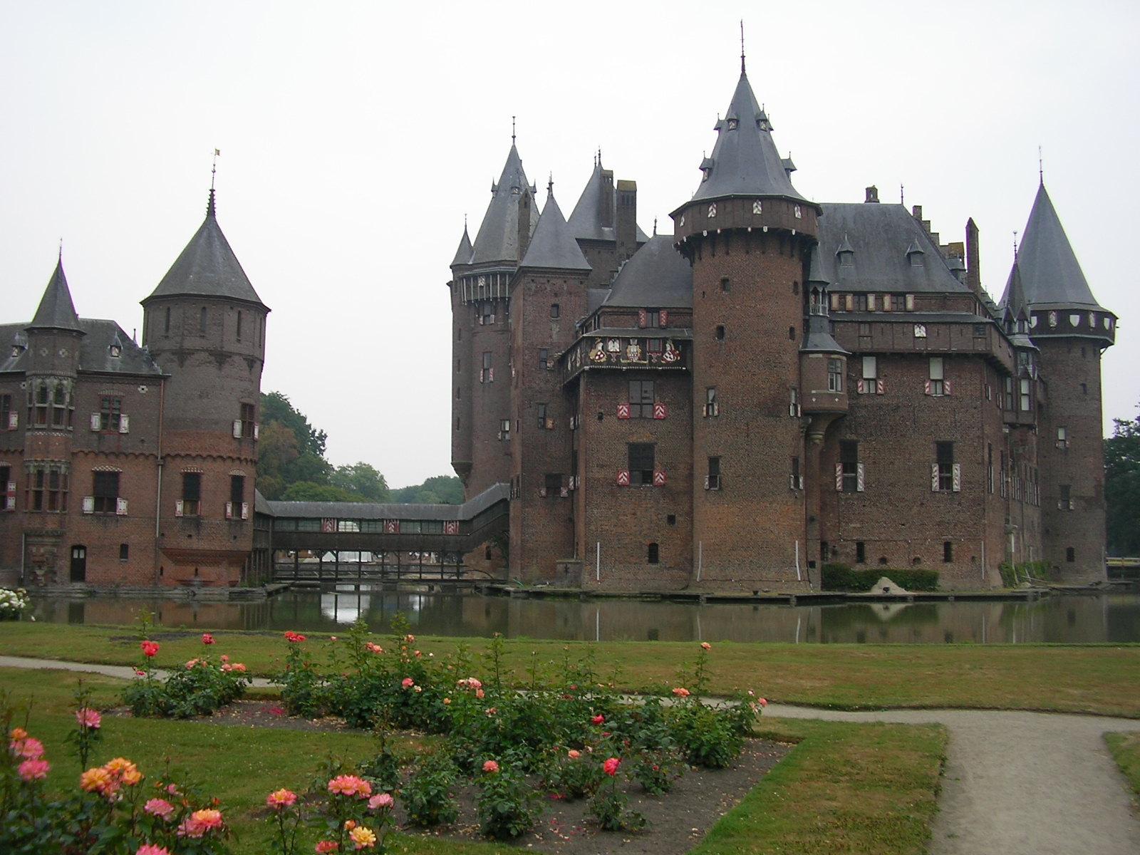 File Kasteel De Haar 22 Juli 06 1 Jpg Wikimedia Commons