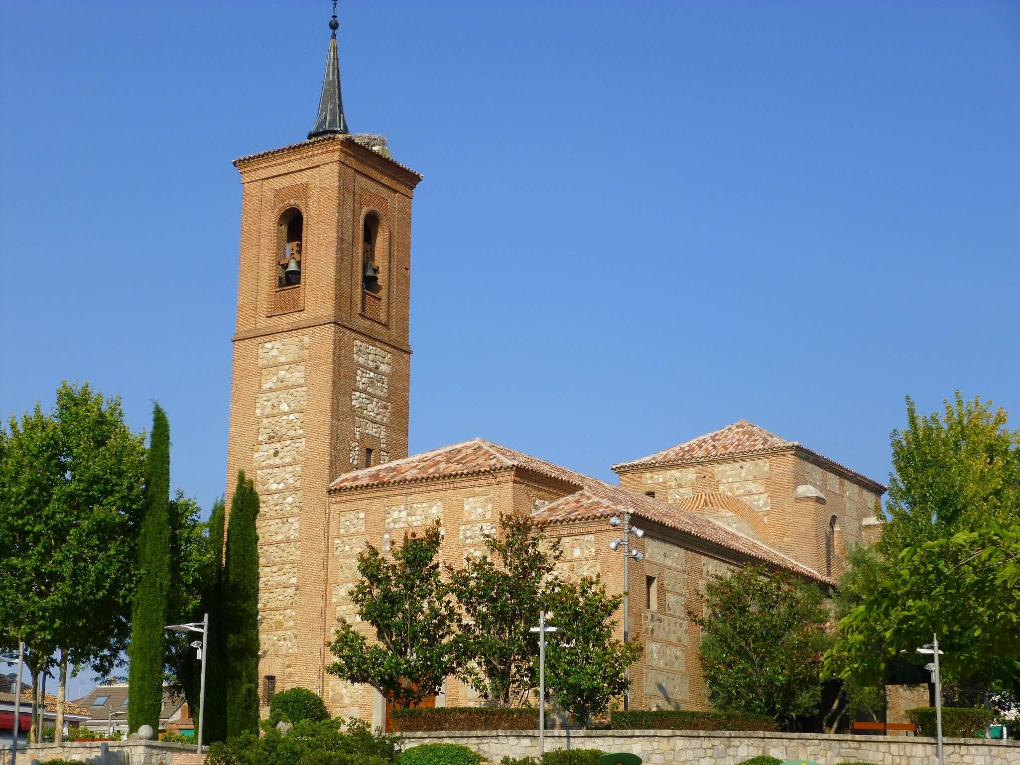 Archivo las rozas iglesia de san miguel arc ngel 01 jpg - Muebles en las rozas europolis ...