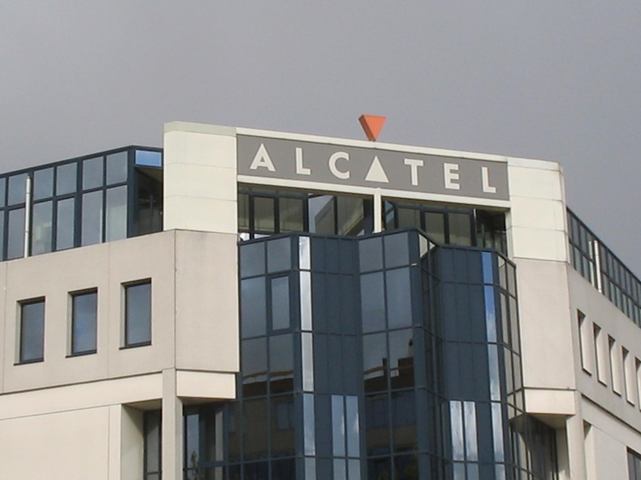 Polémica en Francia por la millonaria compensación al director de Alcatel