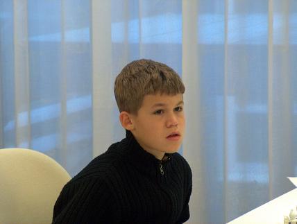 File:Magnus Carlsen(33).JPG - Wikimedia Commons