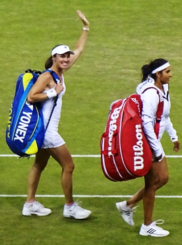 Martina Hingis and Sania Mirza Won Wimbledon 2015 cropped.jpg