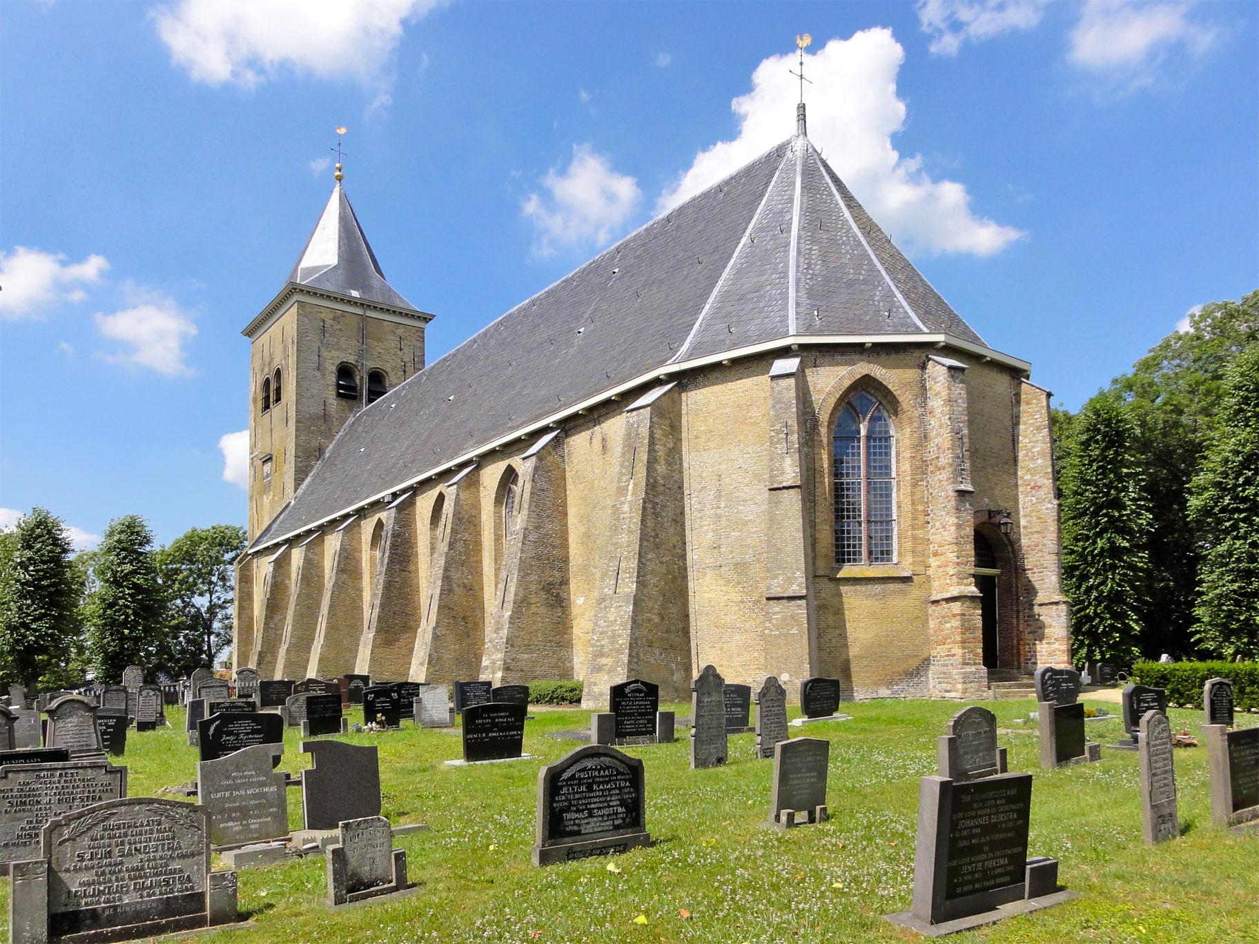 Ofbyld:Martinikerk Easterein.jpg - Wikipedy