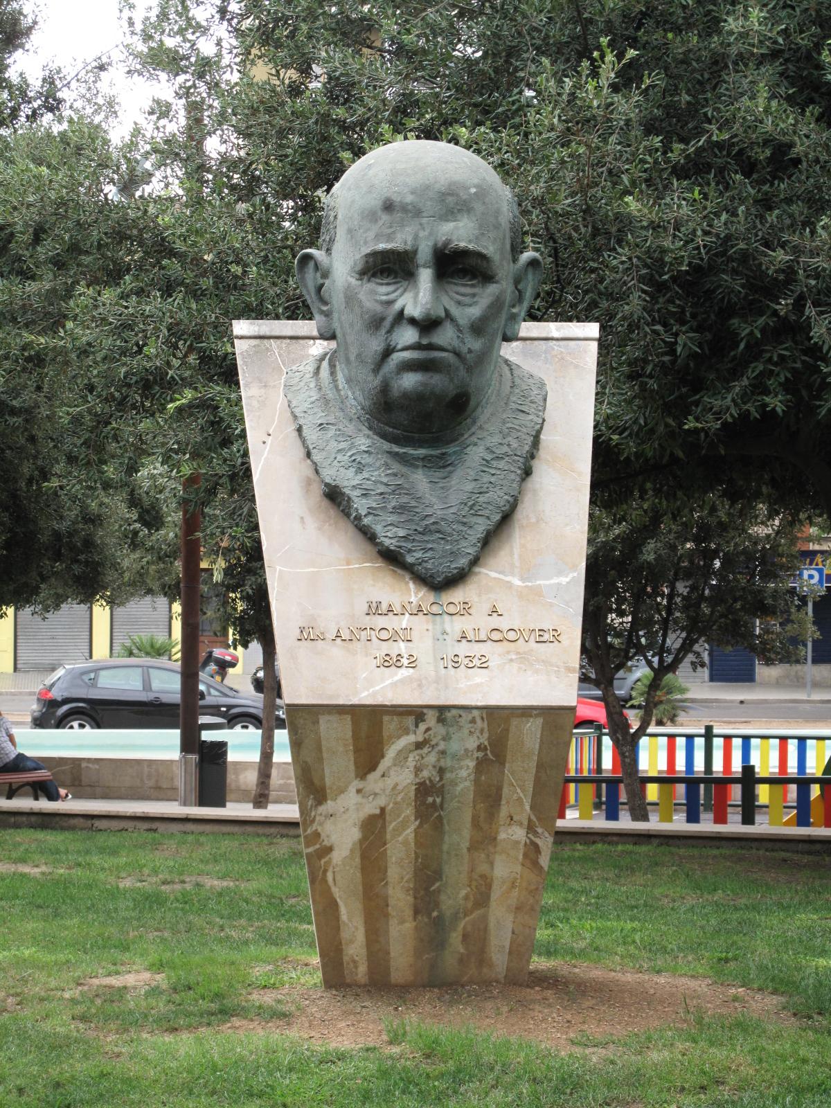 Monumento en Manacor, España.