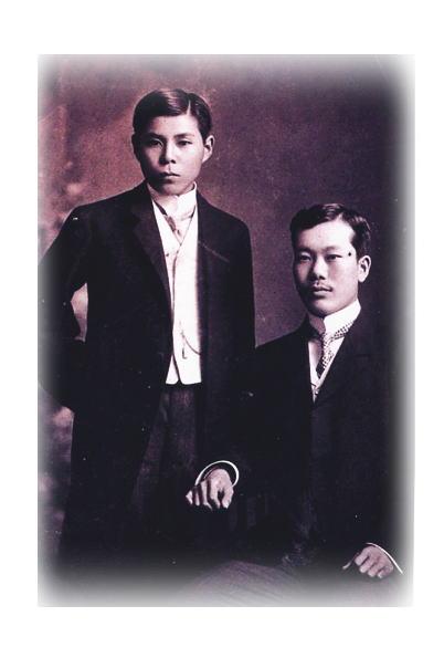 File:Phan Boi Chau va Cuong De.jpg