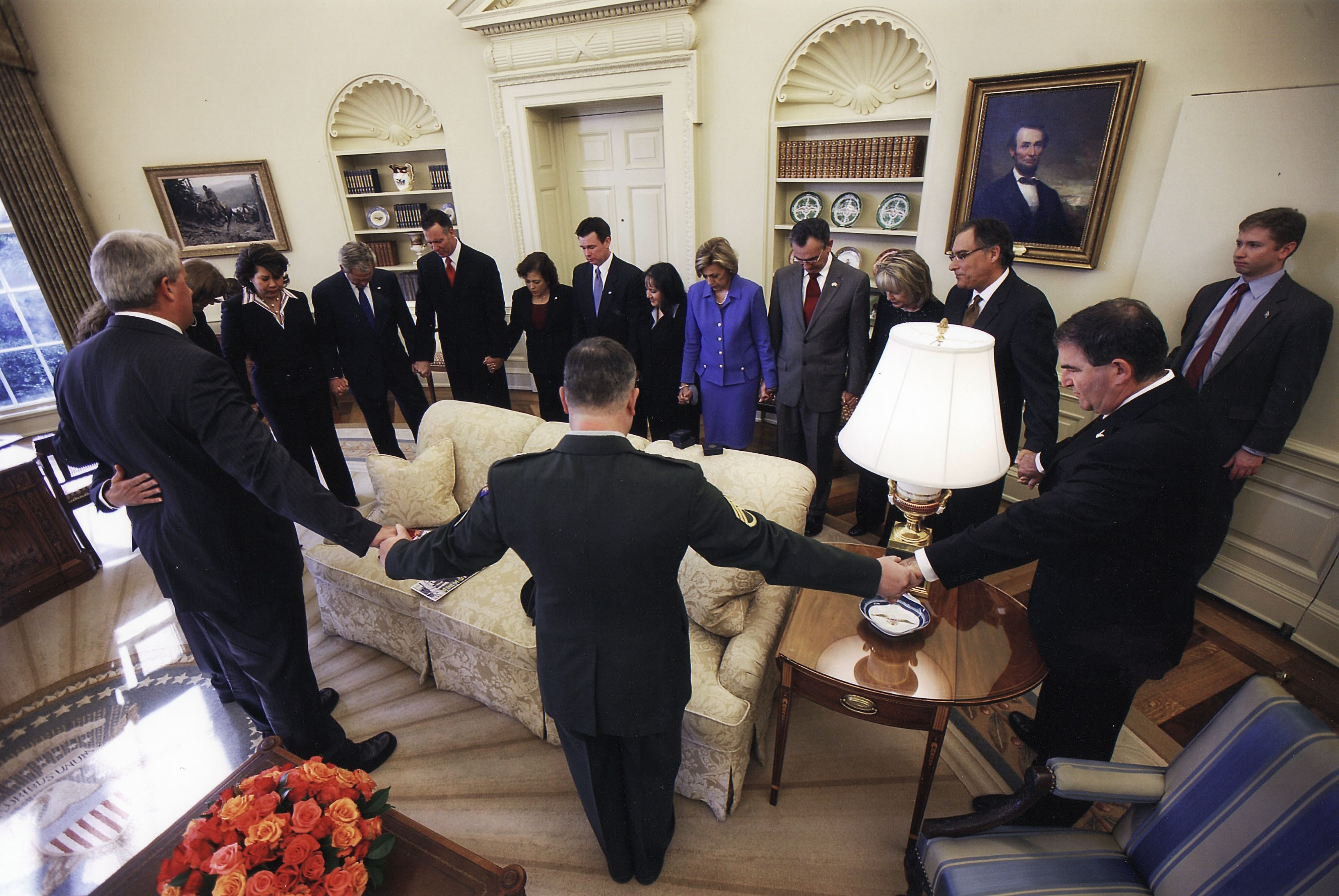 File:Project Prayer Flag. Prayer in oval office with President ...