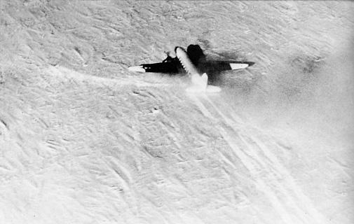 R4D-5L Que Sera Sera landing at South Pole 1956