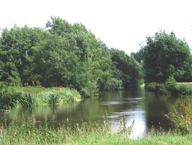 River Stour between Dedham and Flatford Mill - geograph.org.uk - 487882