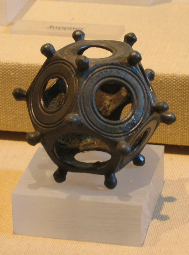 Roman dodecahedron.jpg