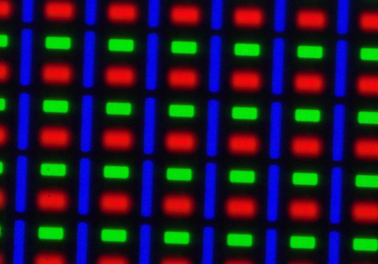 AMOLED Screen Comparison At A Microscopic Level. Galaxy S2