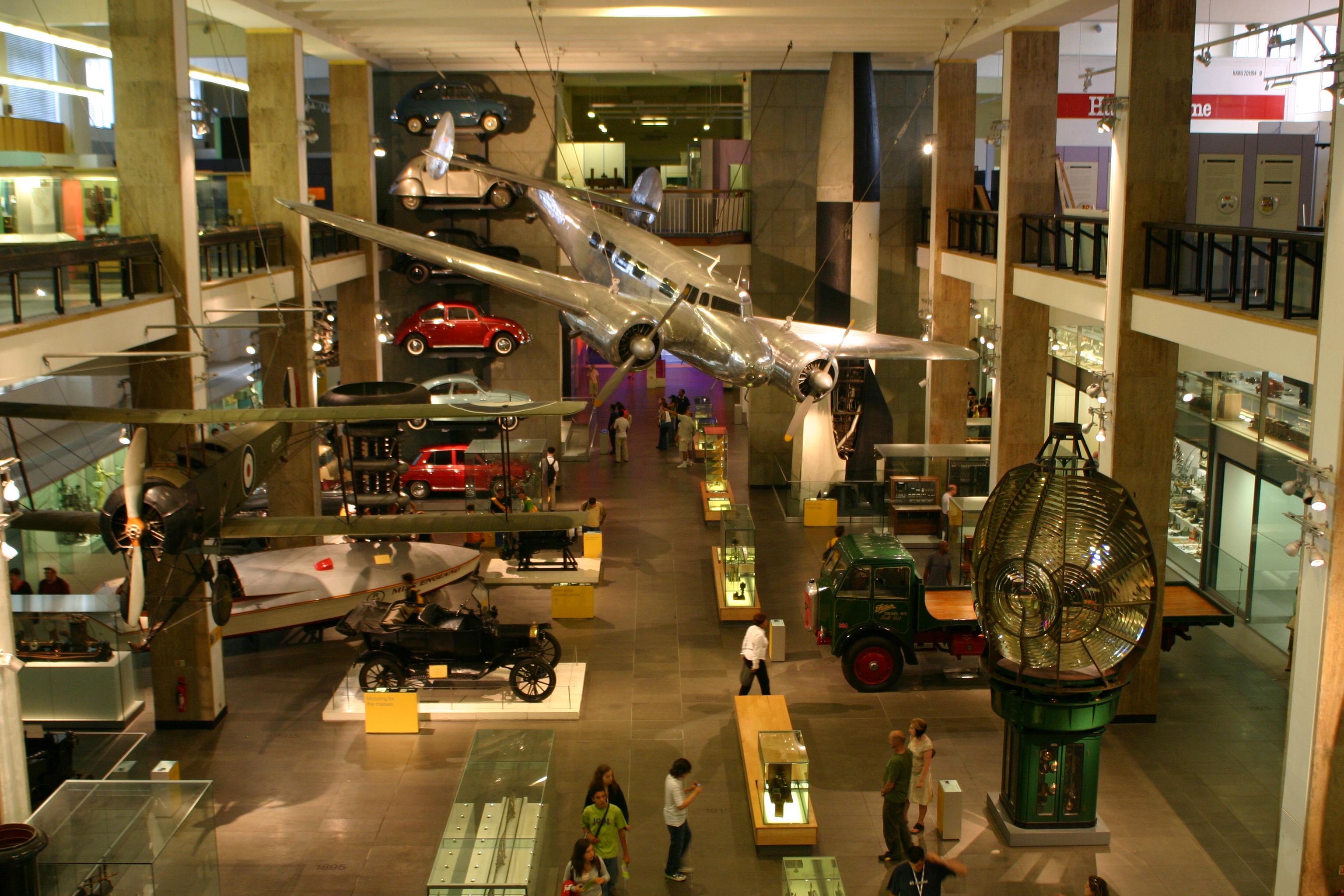 File Science Museum Transportation Area Jpg Wikipedia