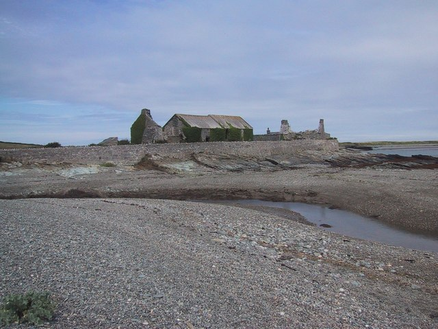 Shingle Spit at Cemlyn Bay - geograph.org.uk - 923893