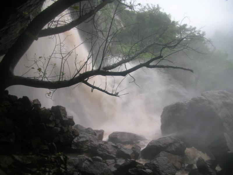 File:ShivtharGhal Waterfall 1.jpg