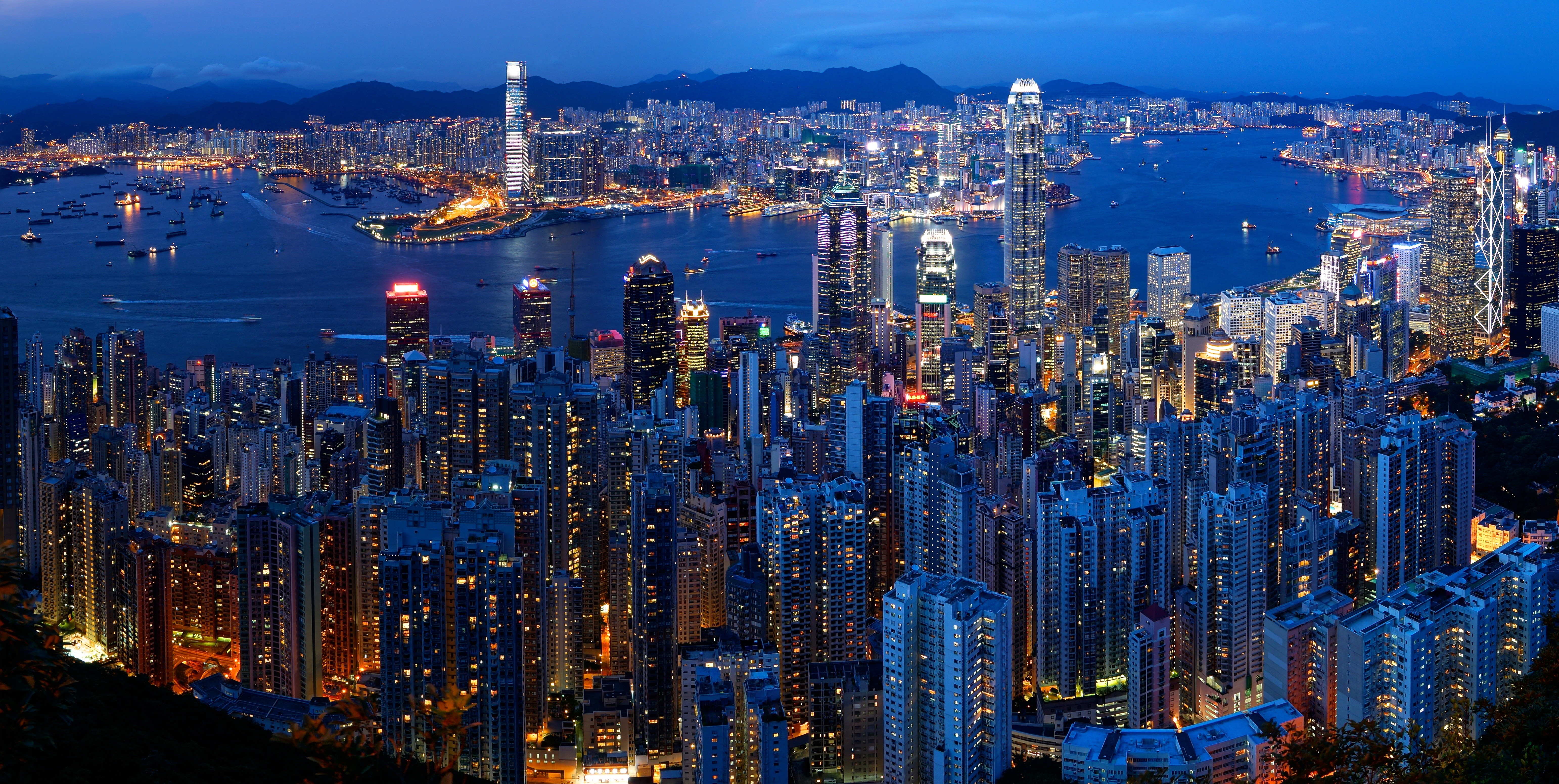 Skyline And Victoria Harbour At Dusk C View From Victoria Peak C Hong Kong C China E A E B Af Ef Bc C E B Ad E B Bd