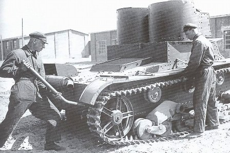 T-26 early production version (model 1932) under maintenance. Credits: Wikipedia