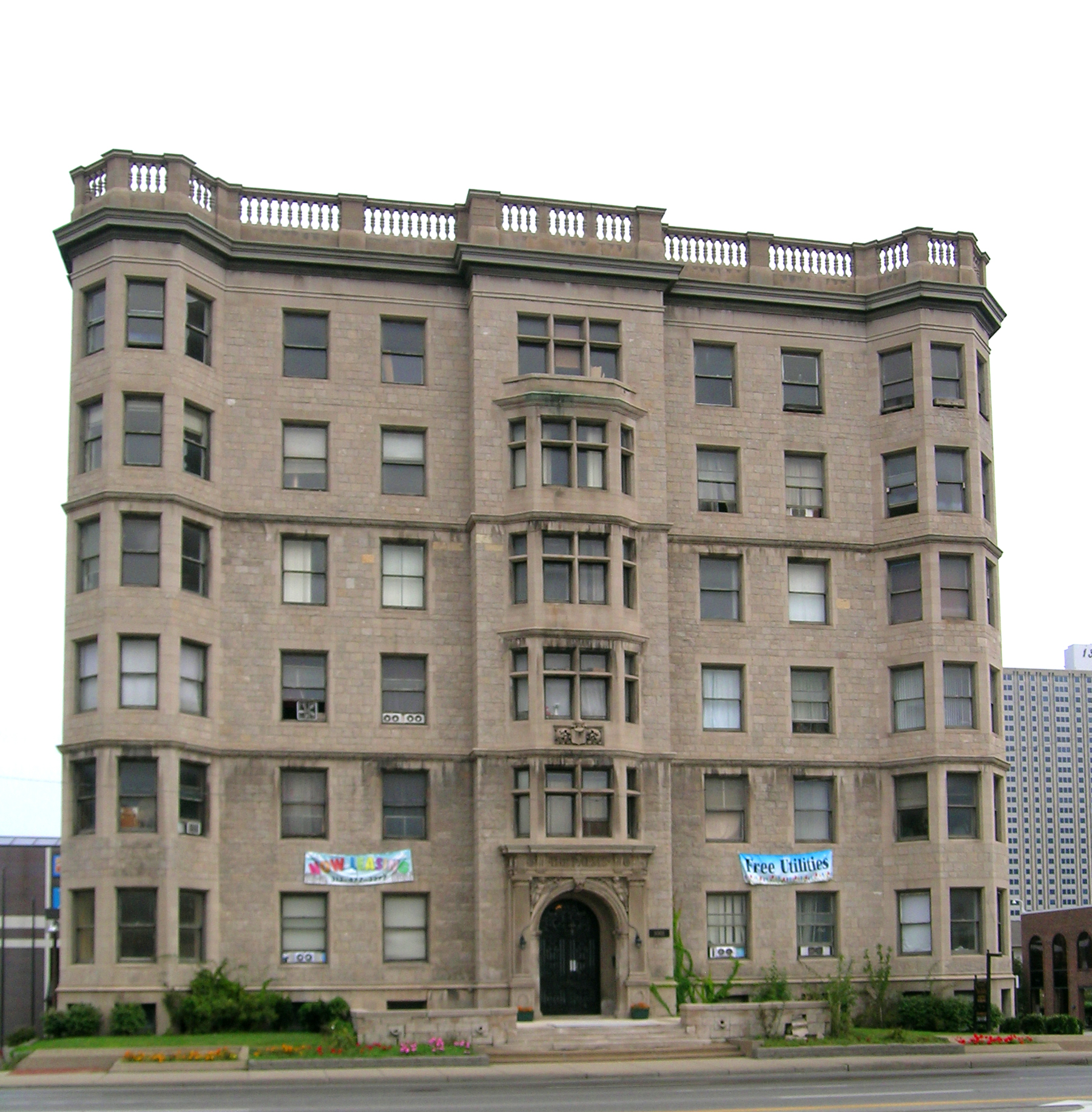 The Jefferson Apartments: File:The Palms Apartments Detroit MI.jpg