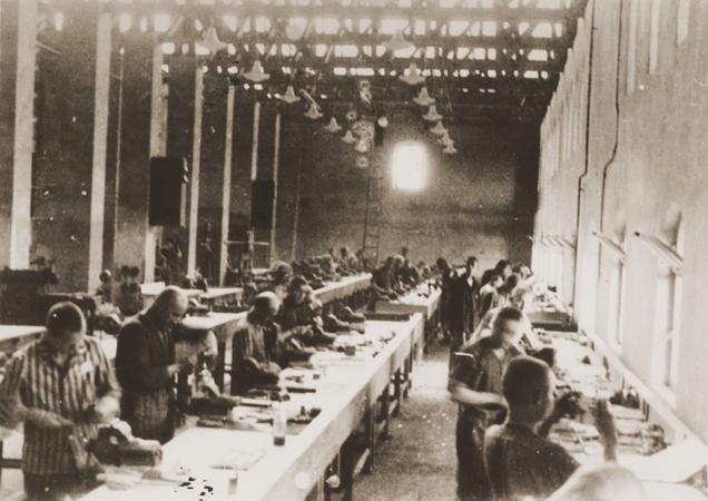 File:USHMM95273 -Siemens factory in KZ Bobrek.jpg