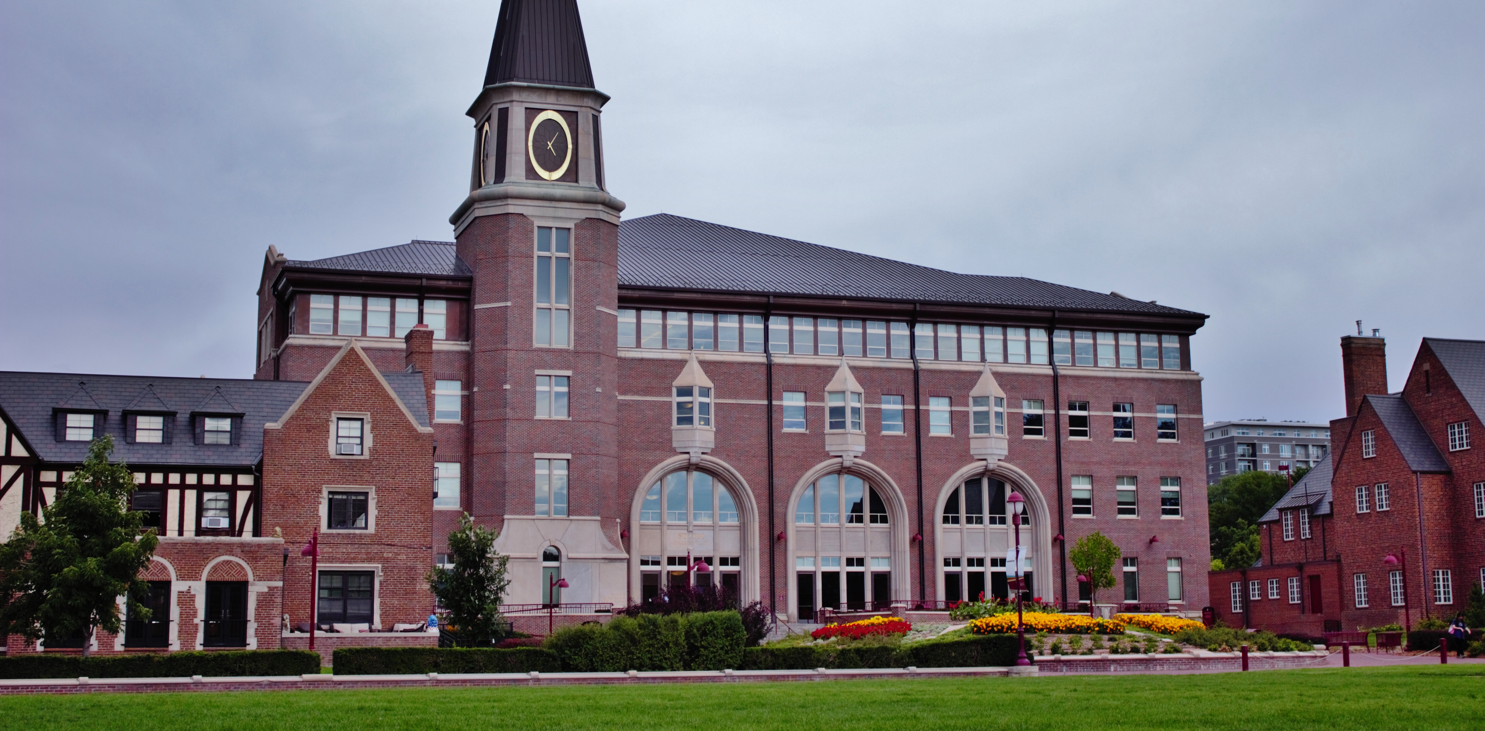 Colleges In Denver Colorado >> Sturm College Of Law Wikipedia