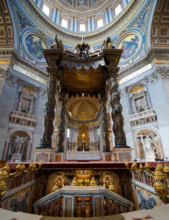 File vatican basilique saint pierre baldaquin du bernin 01 for Exterieur basilique saint pierre