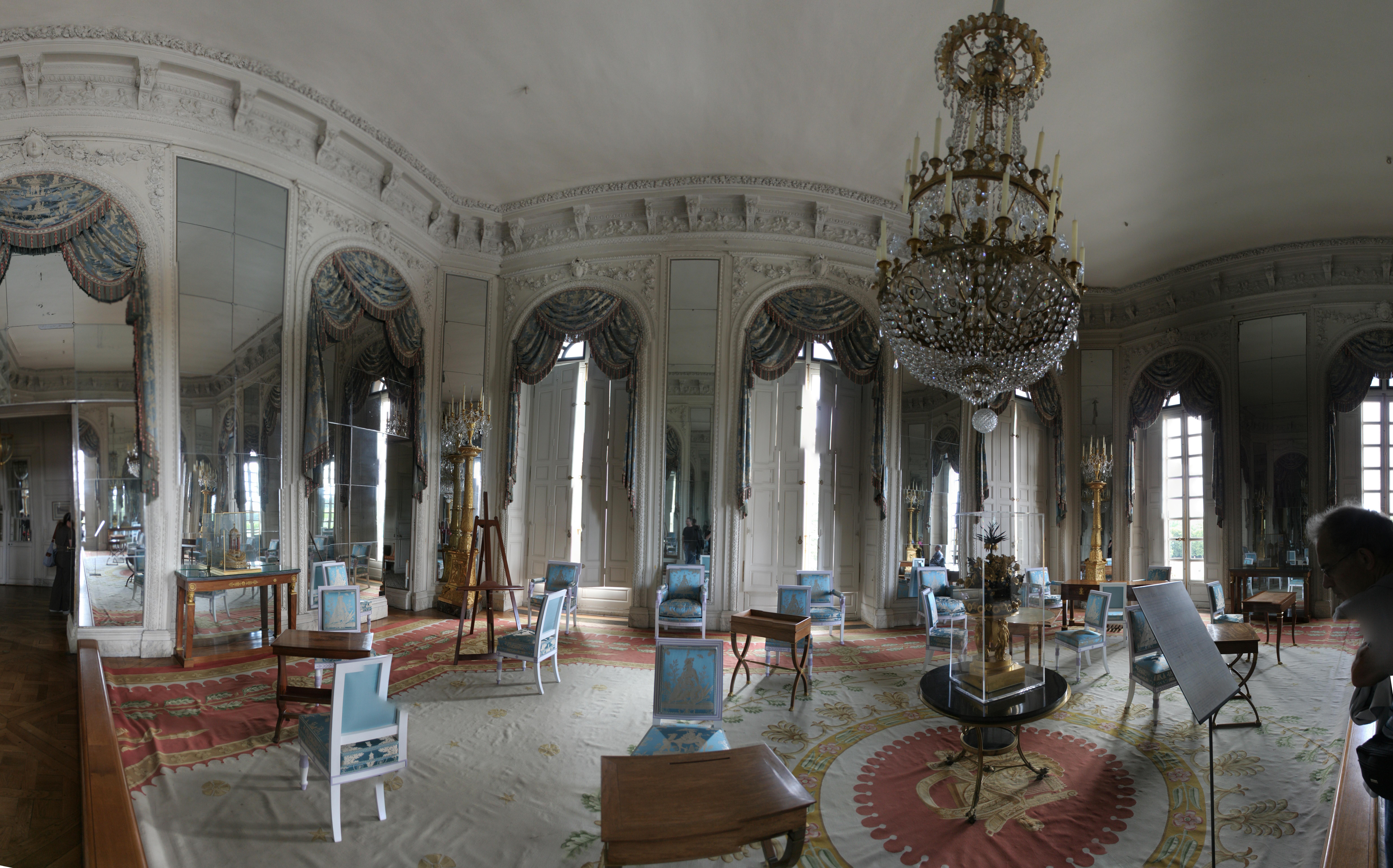 File versailles le grand trianon salon des glaces for Salon de versailles
