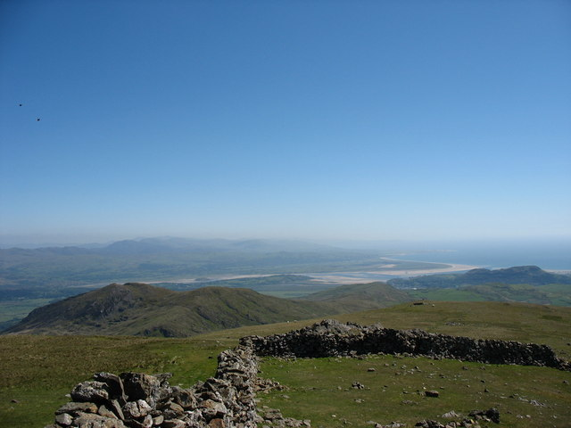 View South from the Summit of Moel Hebog - geograph.org.uk - 234362