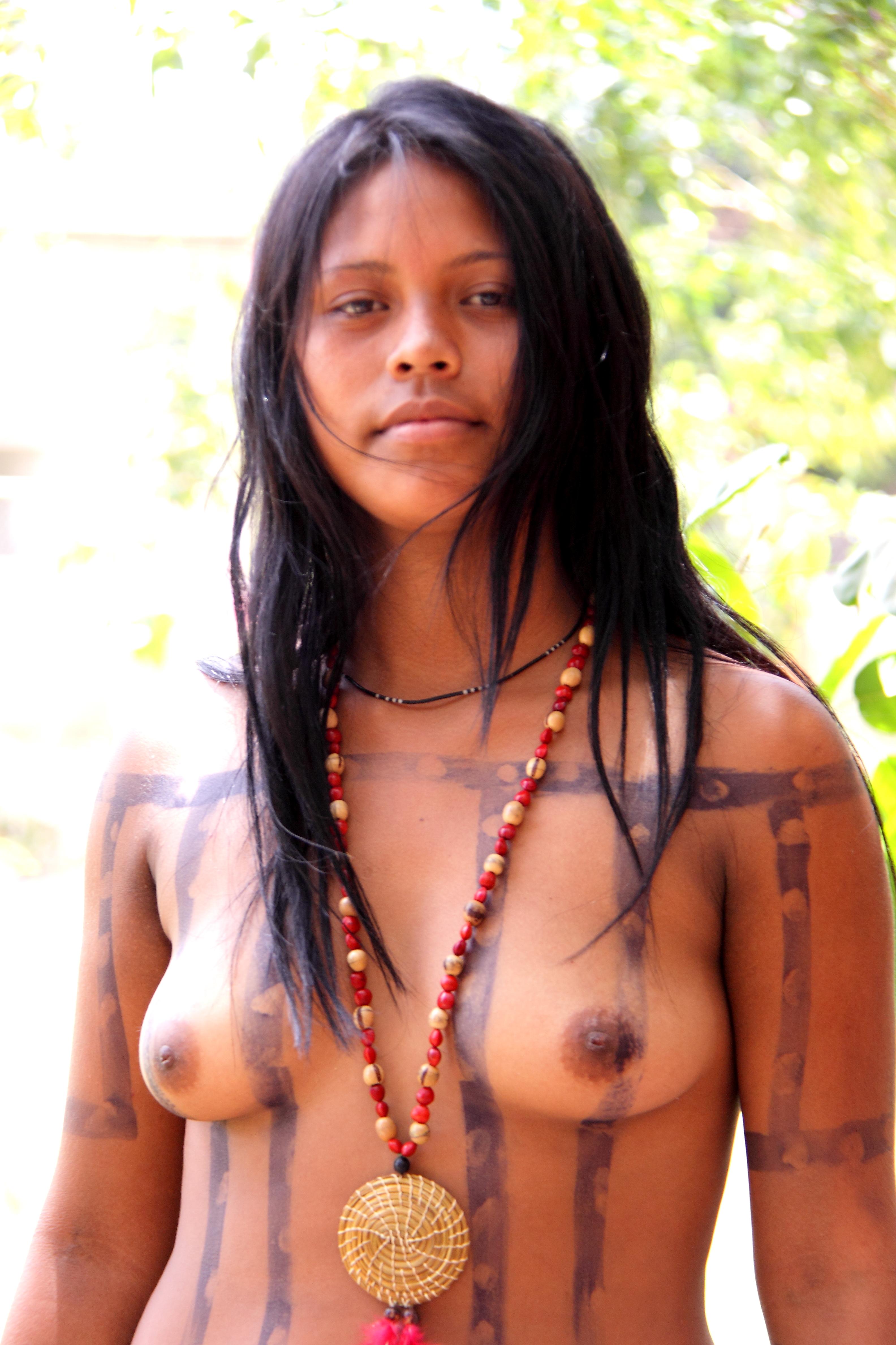 Amazon tribal sluts nackt comic