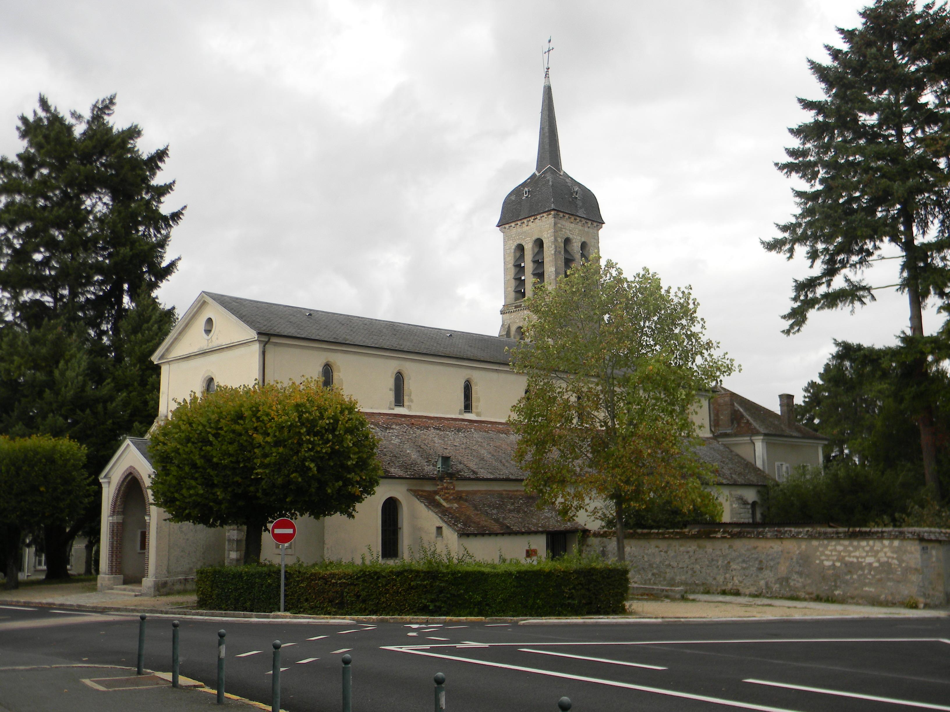 FichierÉglise Saint Pierre de Bois le Roi jpg u2014 Wikipédia # Triathlon Bois Le Roi