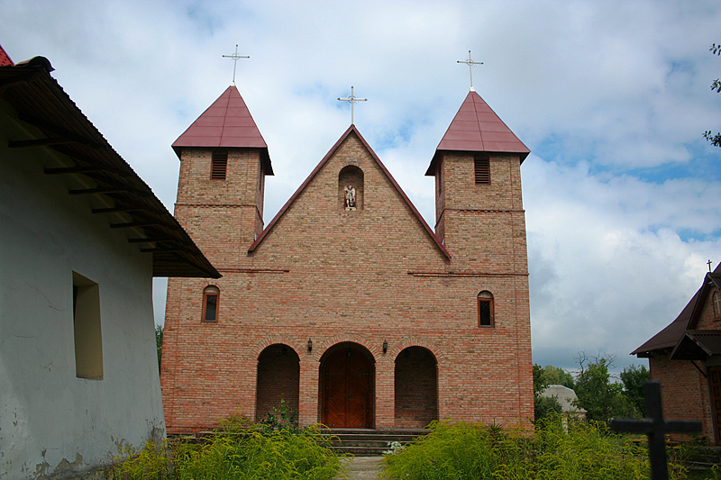 Костел Архистратига Михаила