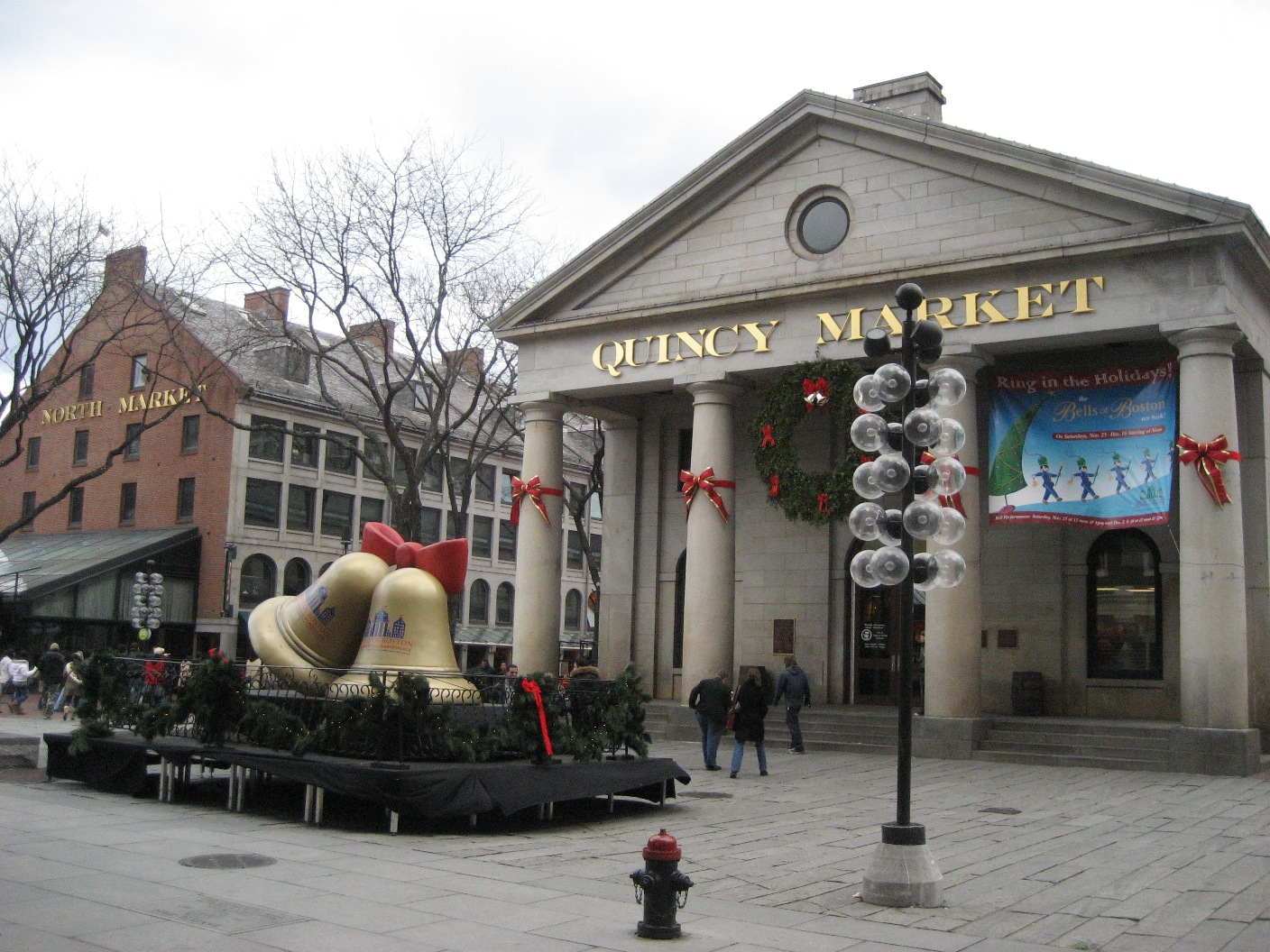 File:1408 px -Quincy Market Boston Christmas 2006.JPG - Wikimedia ...