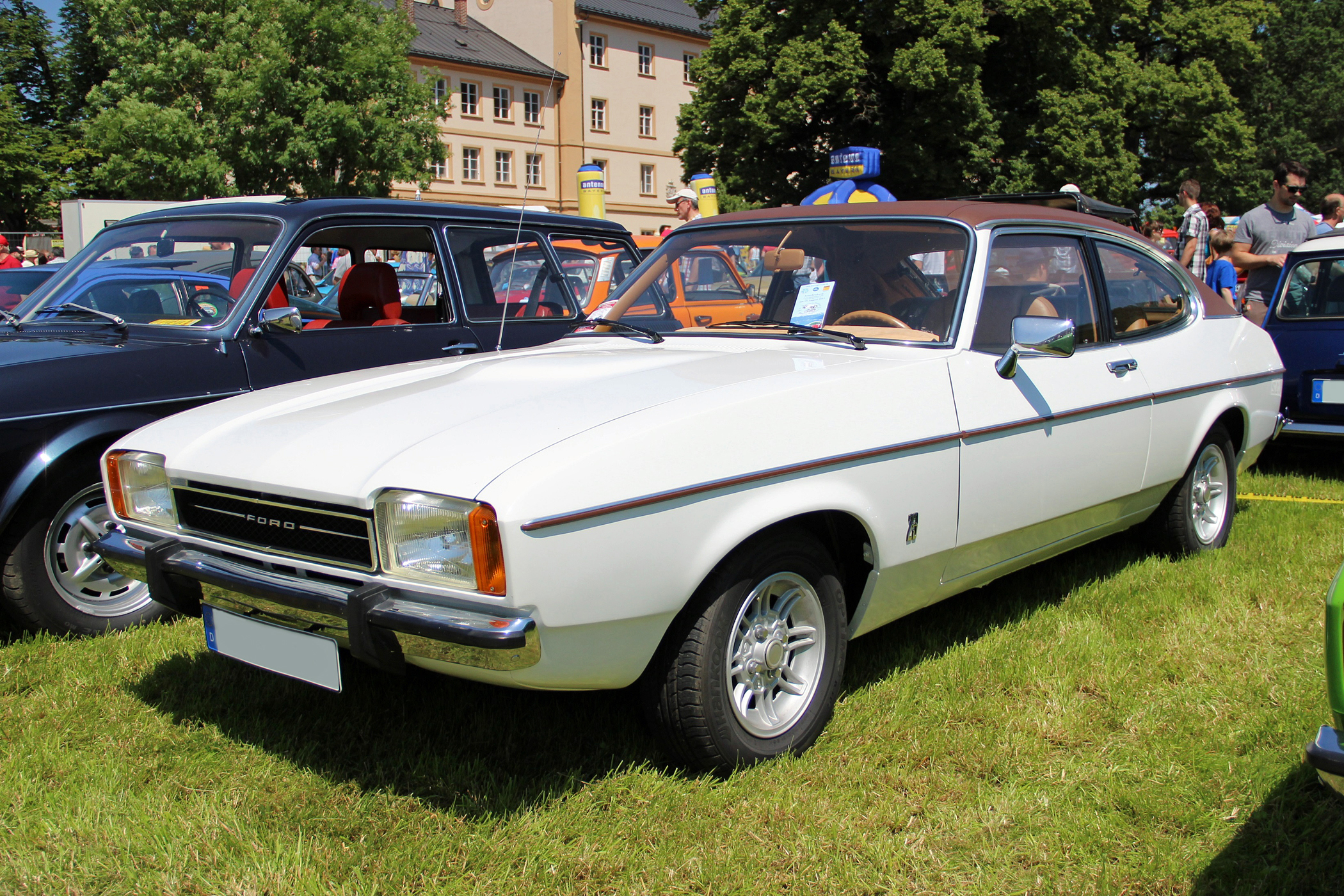Build A Ford >> File:1974 Ford Capri II 2.3 Ghia.JPG - Wikimedia Commons