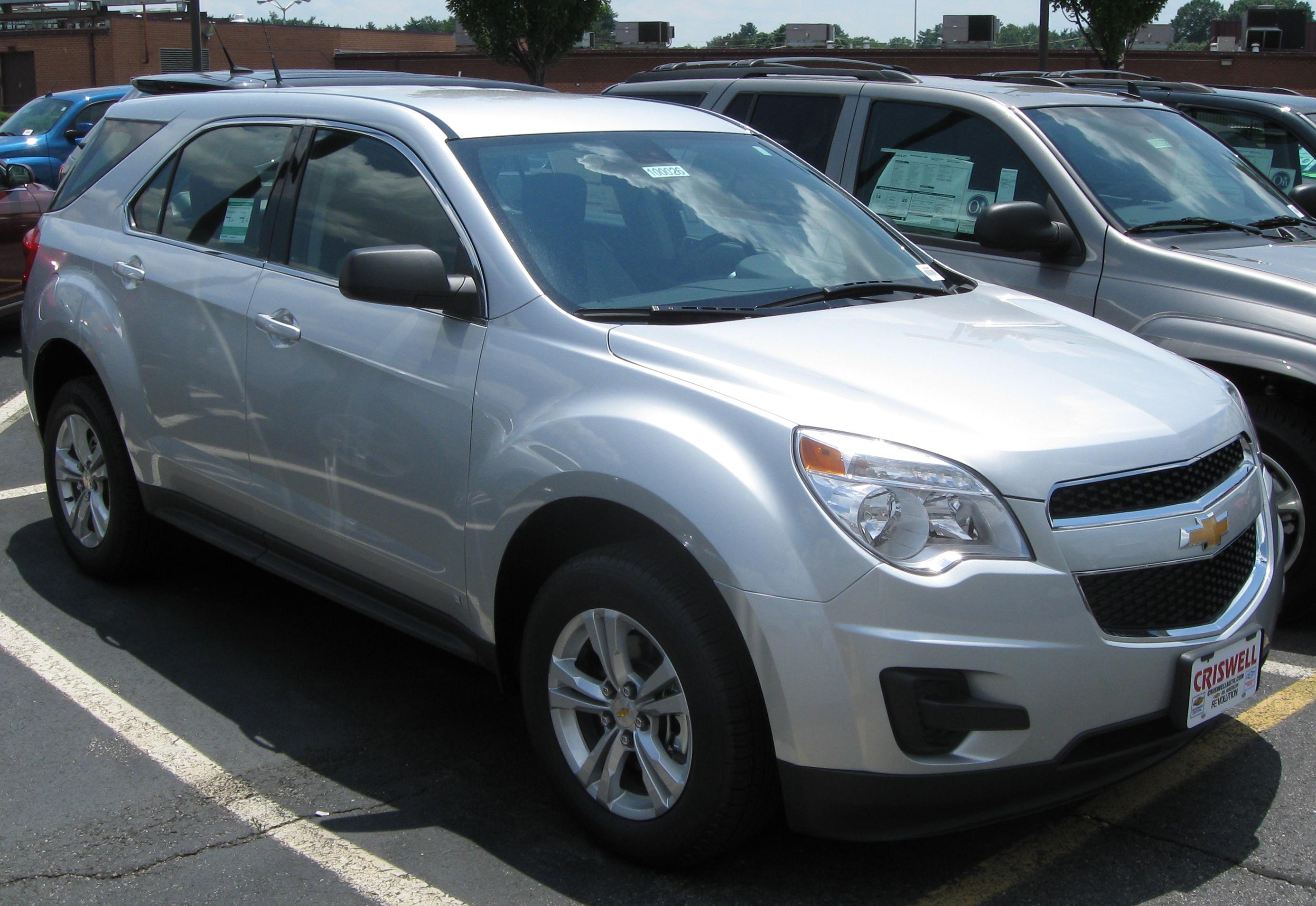 Chevrolet Equinox Usa >> File:2010 Chevrolet Equinox LS -- 07-01-2009.jpg - Wikimedia Commons
