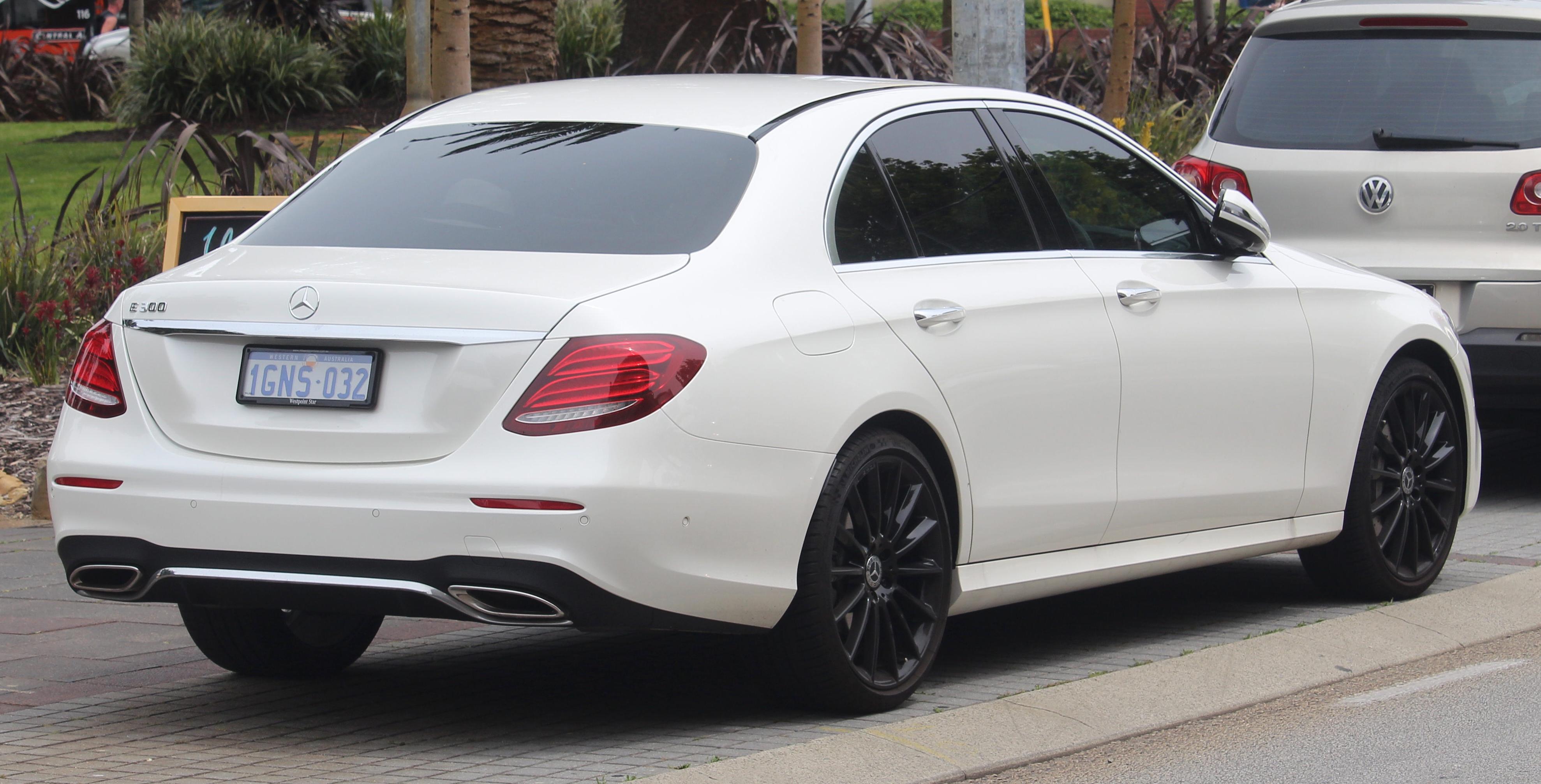 File:2018 Mercedes-Benz E 300 (W 213) sedan (2018-11-02) 03 jpg