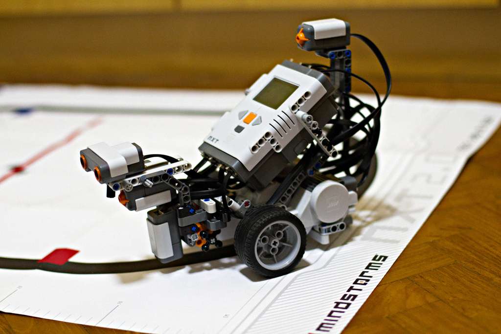 256450 on line following robotic vehicle using microcontroller