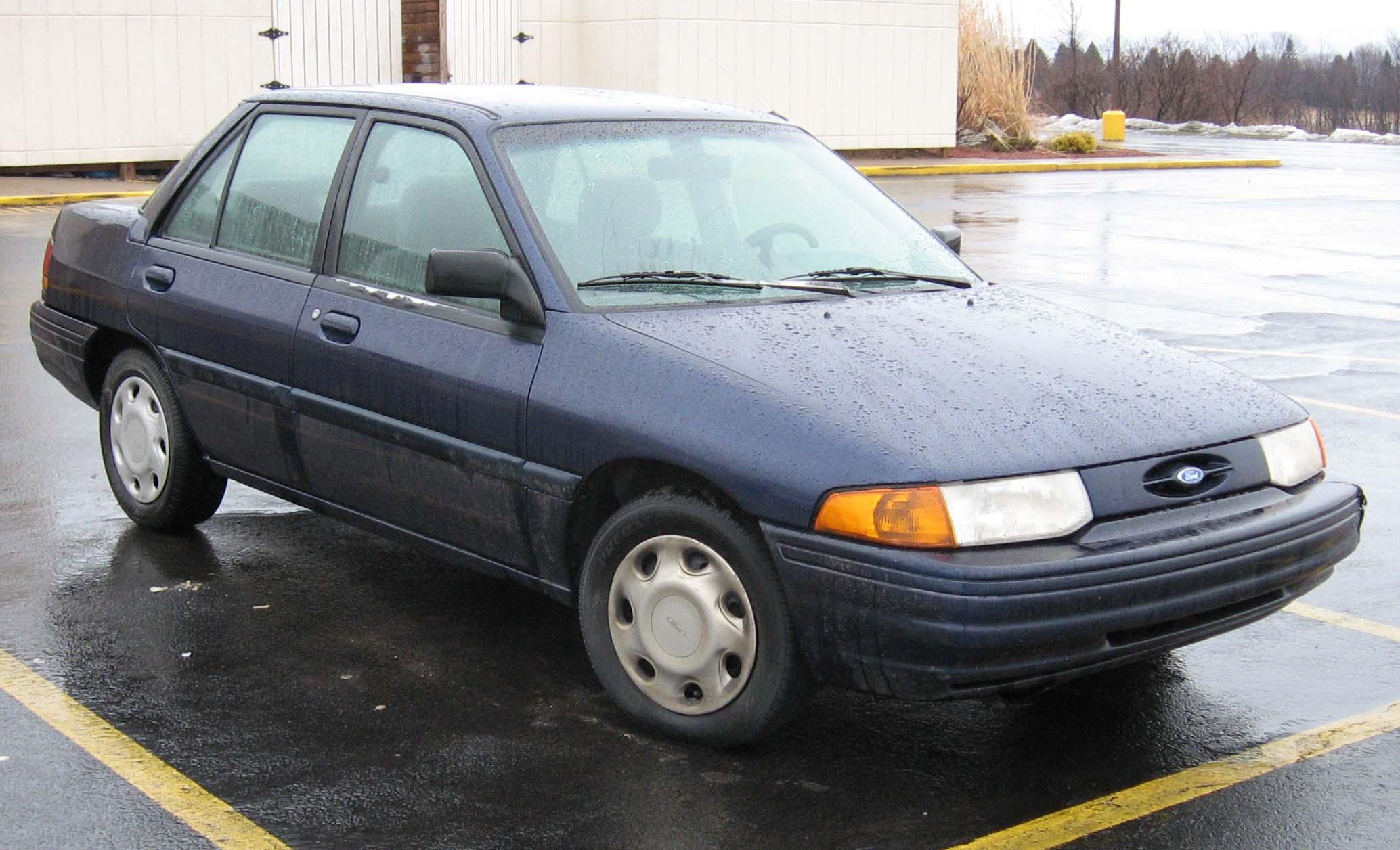 Fichier 95 96 Ford Escort Lx Sedan Jpg Wikip 233 Dia