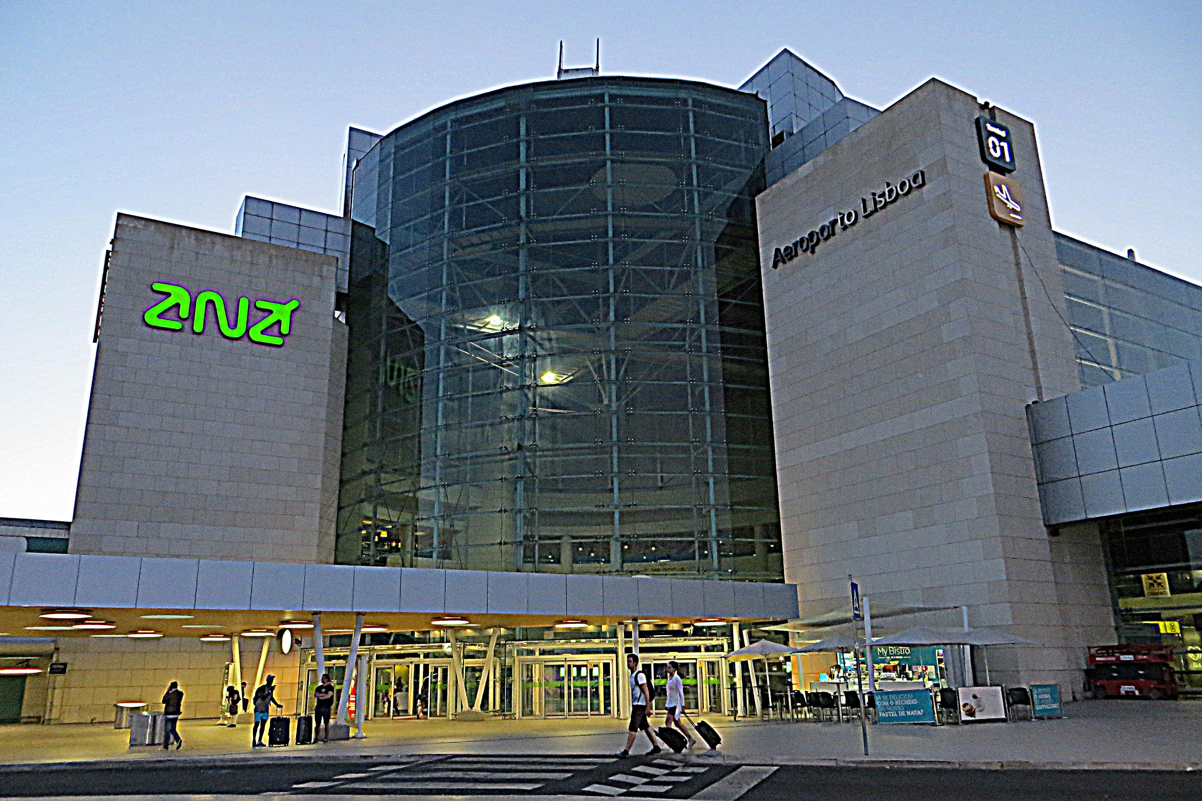 Lisbon Airport - Wikipedia c1a3fa9a97e