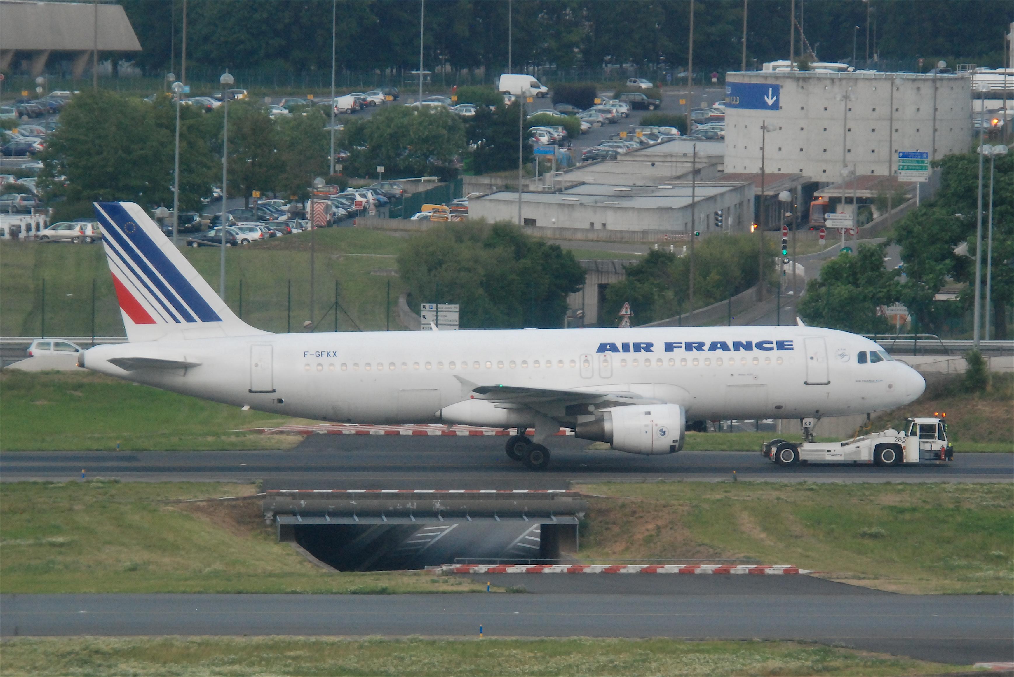 File air france airbus a320 211 f gfkx cdg for Airbus a320 air france interieur