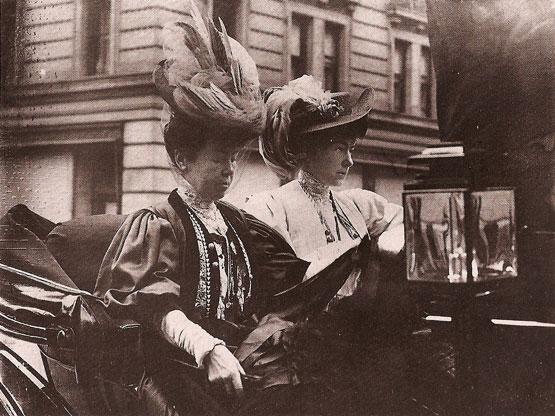 File Alice Claypole Gwynne Vanderbilt And Daughter