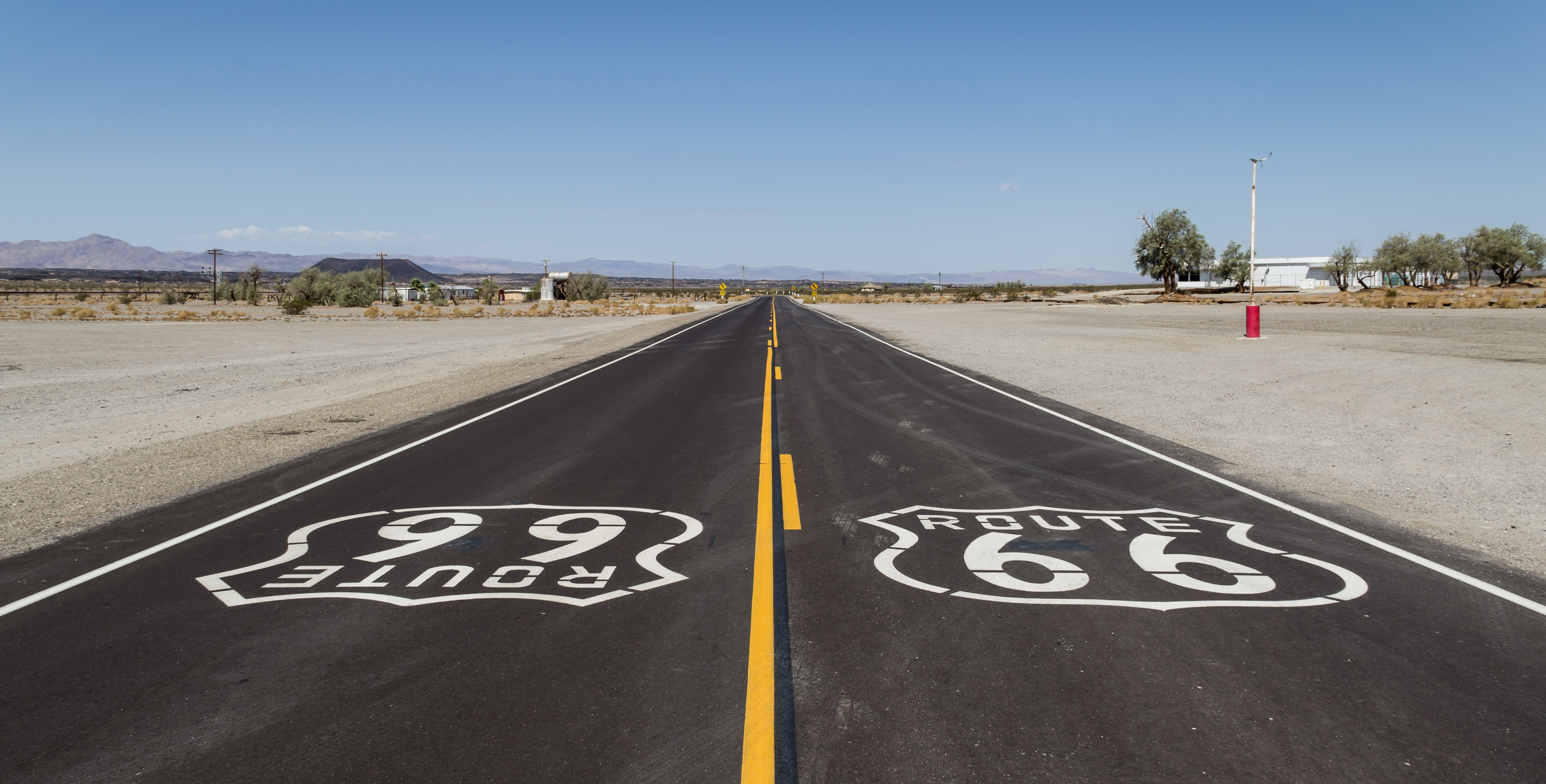 file amboy california usa hist route 66 2012 1 jpg