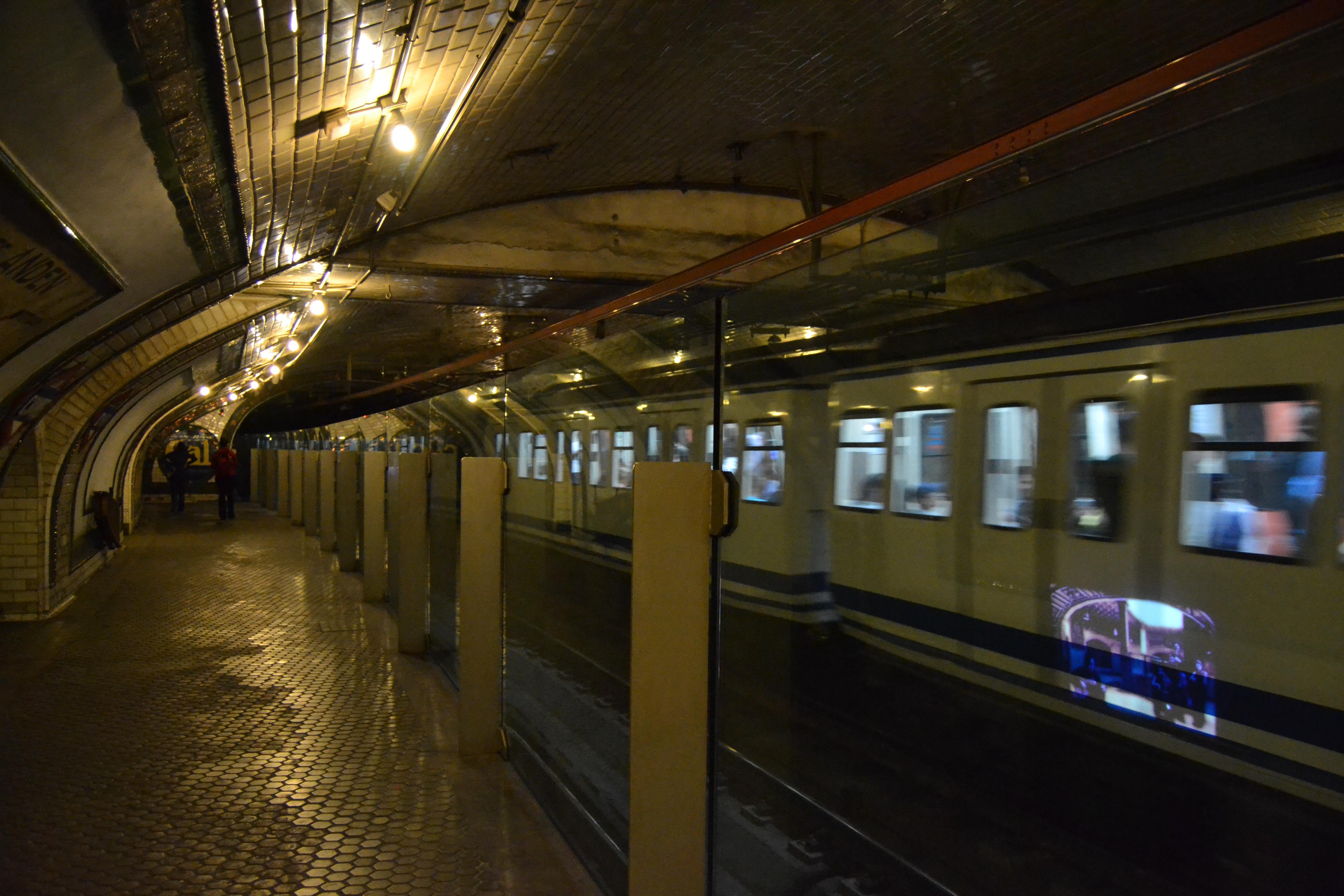 Estación de Chamberí - Wikipedia, la enciclopedia libre