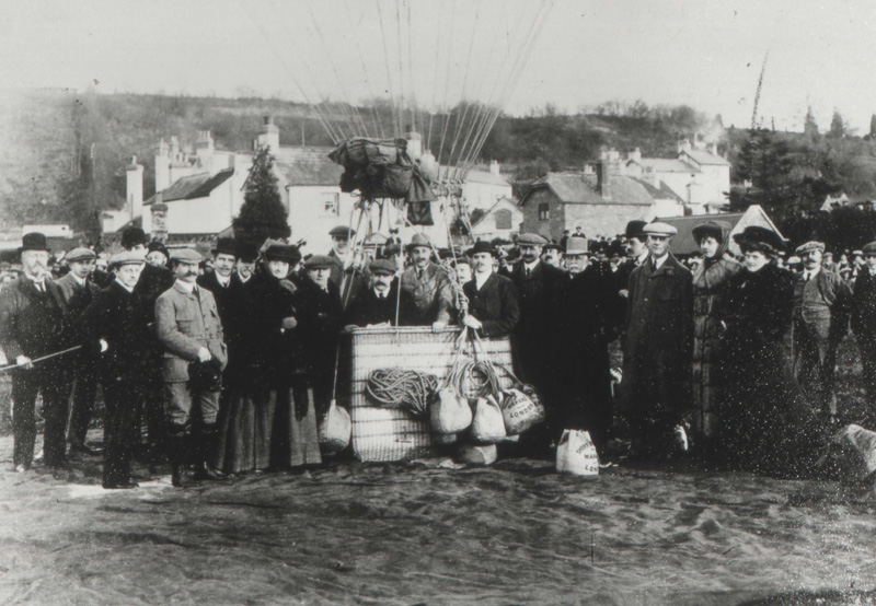 File:Ballooning at Monmouth Gasworks.jpg