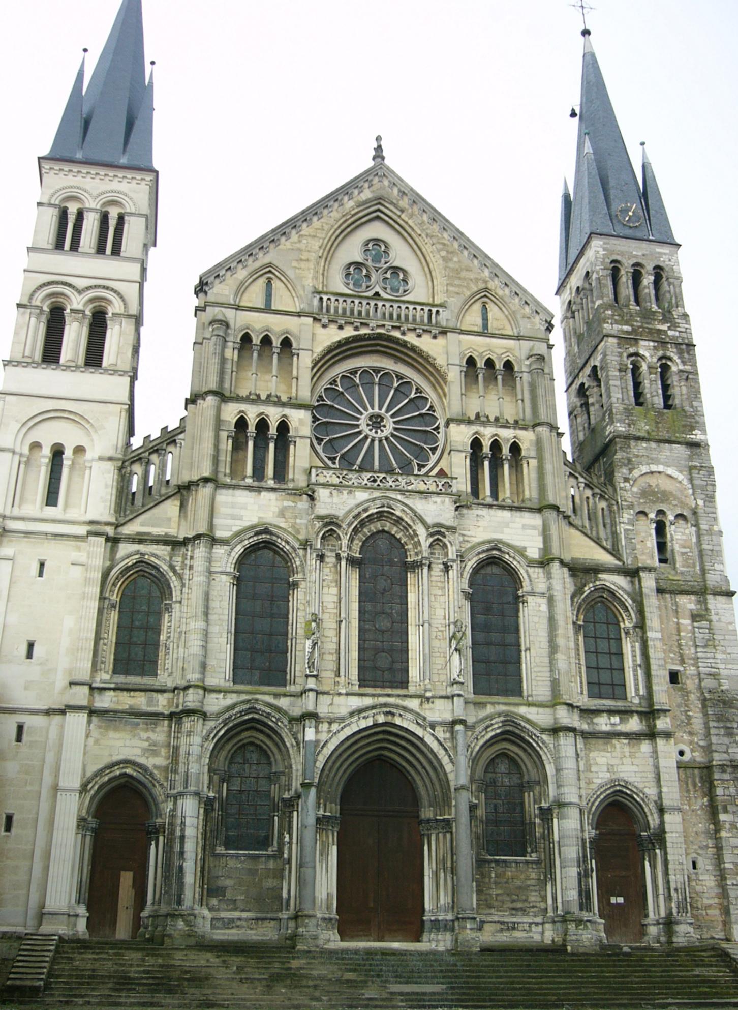 File basilique saint remi de wikimedia commons - Basilique st remi reims ...