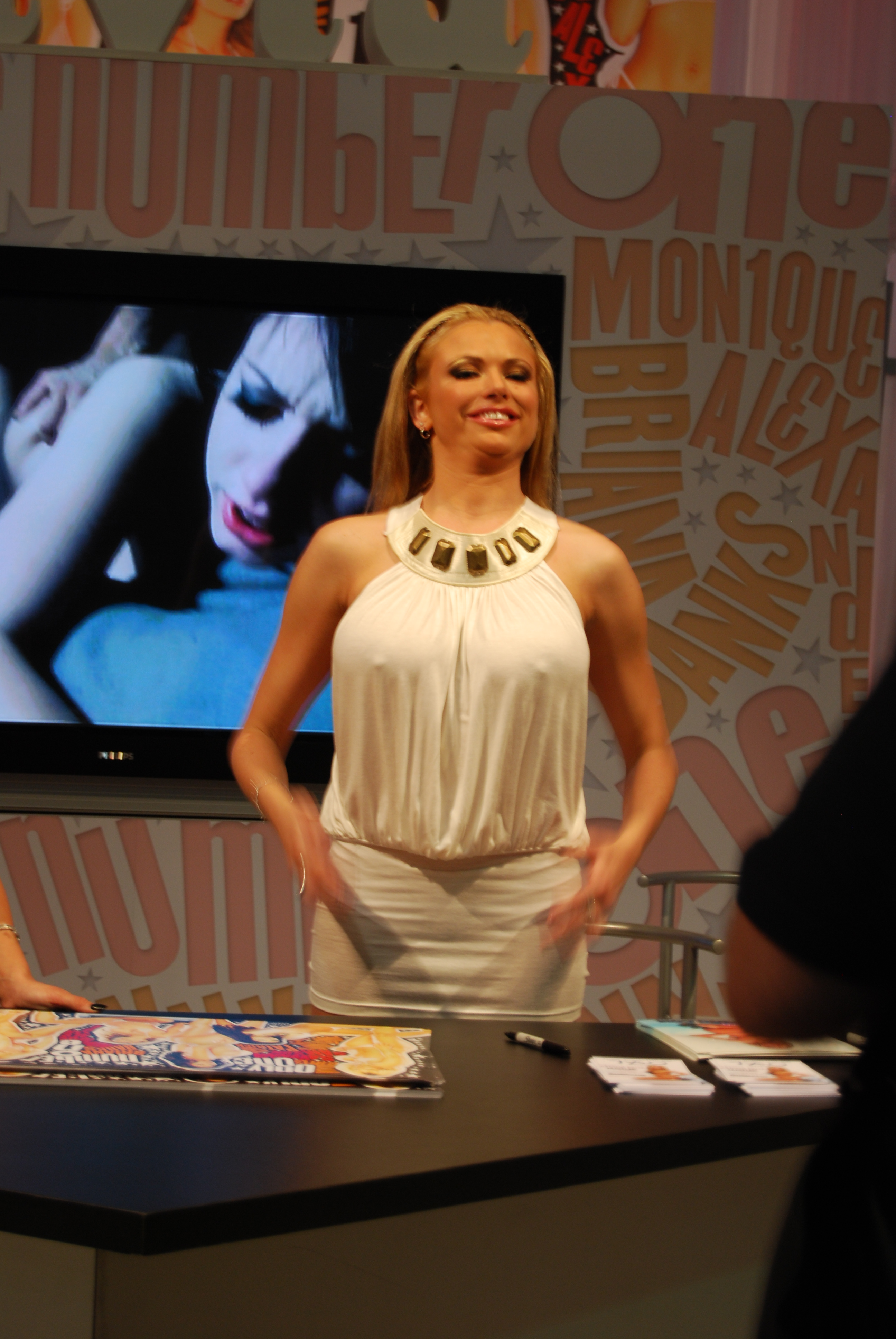 File Briana Banks At Avn Adult Entertainment Expo 2008 3 Jpg Wikimedia Commons 21 may 1978) is a german american pornographic actress and model. https commons wikimedia org wiki file briana banks at avn adult entertainment expo 2008 3 jpg